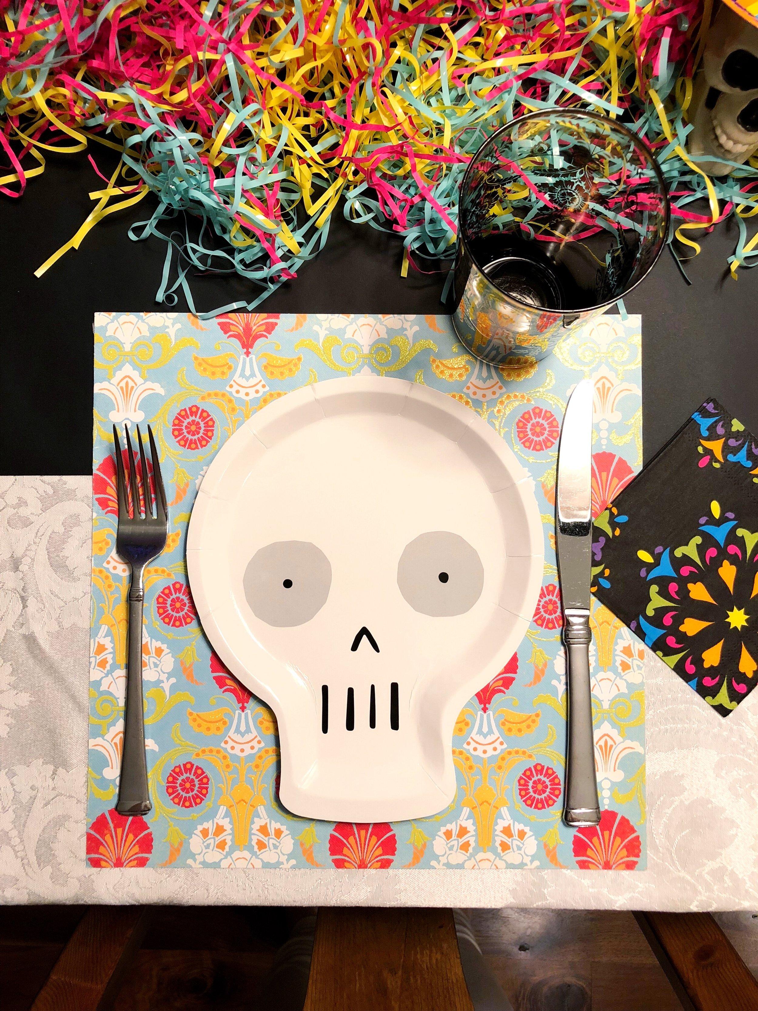 Skull Plate_Meri Meri_Design Organize Party_Dia de los muertos.jpg