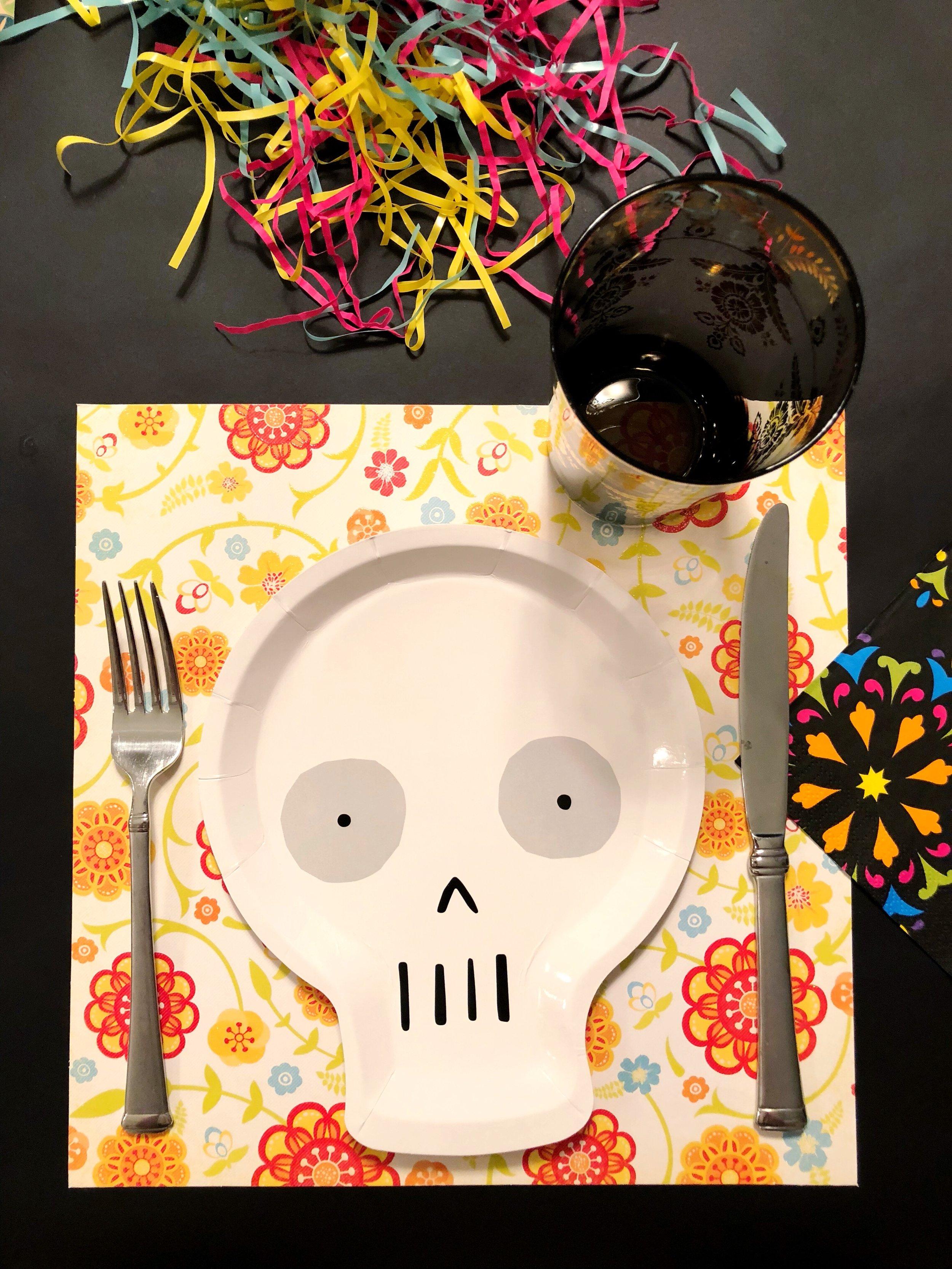 Meri Meri Skull Plate_DIa De Los Muertos_Design Organize Party_Dinner Party.jpg