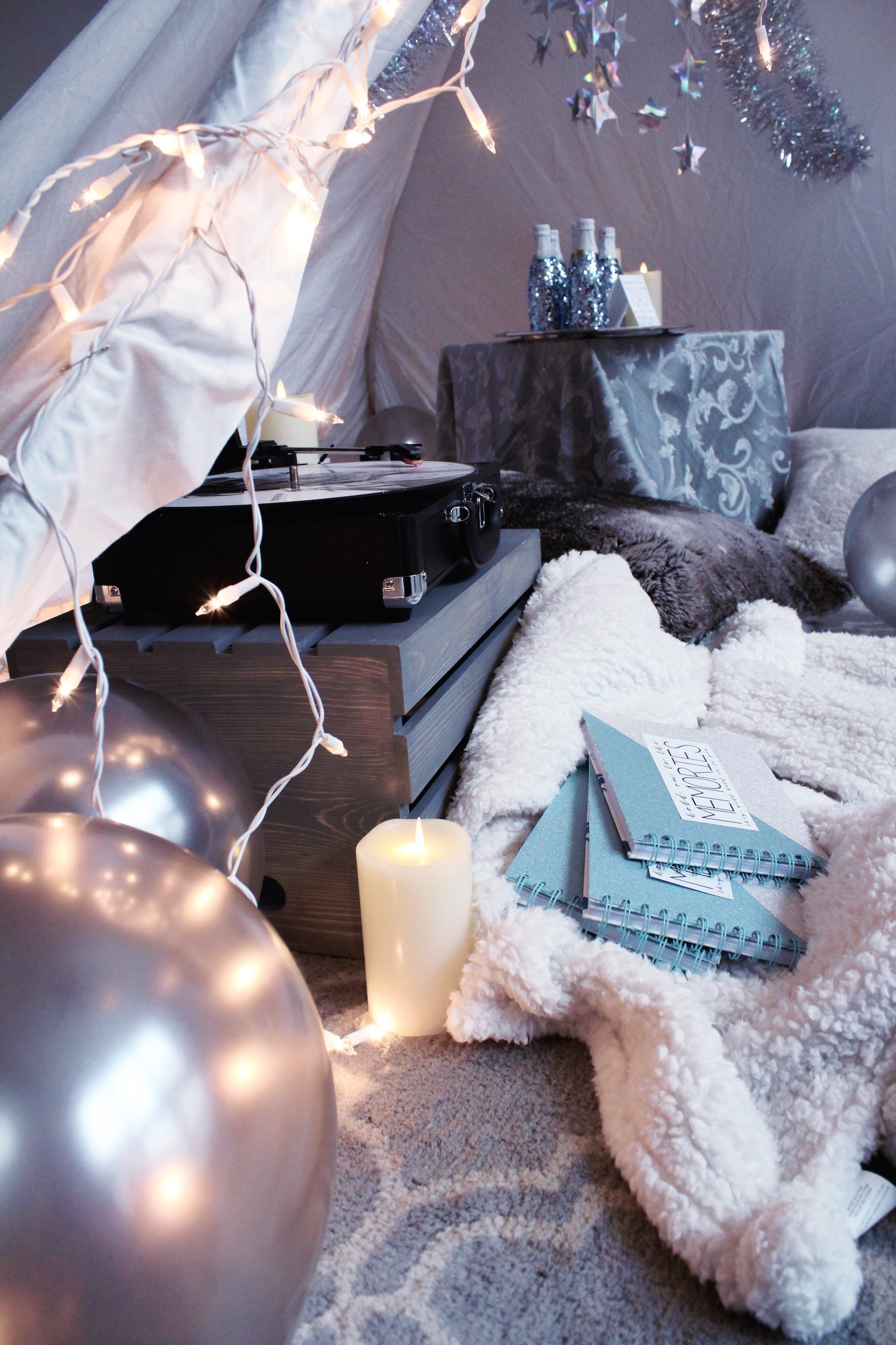 Taylor Swift Reputation New Year's Eve Blanket Tent_Design Organize Party.JPG