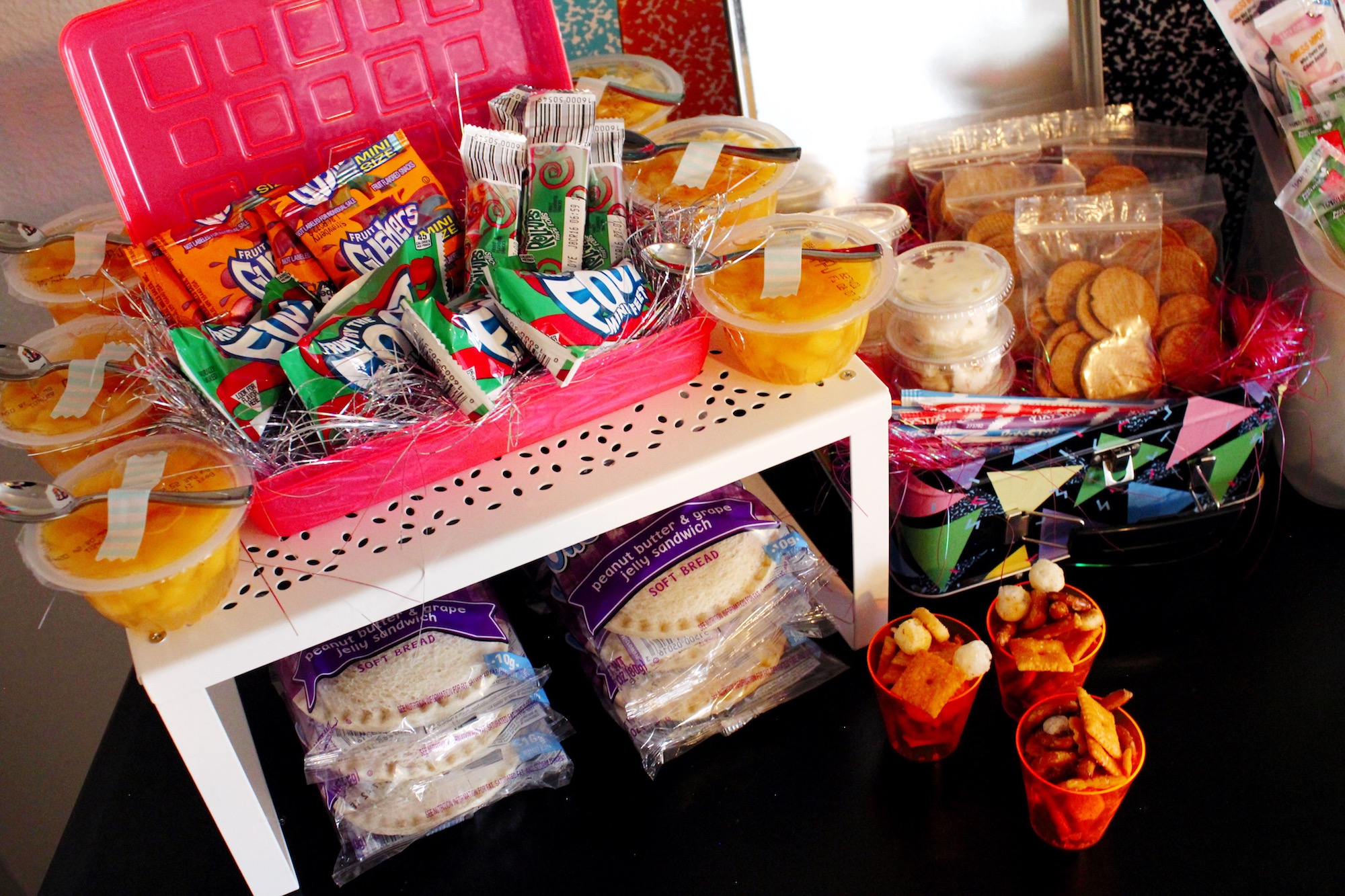 90s school lunch snacks_Design Organize Party_Back to school.JPG