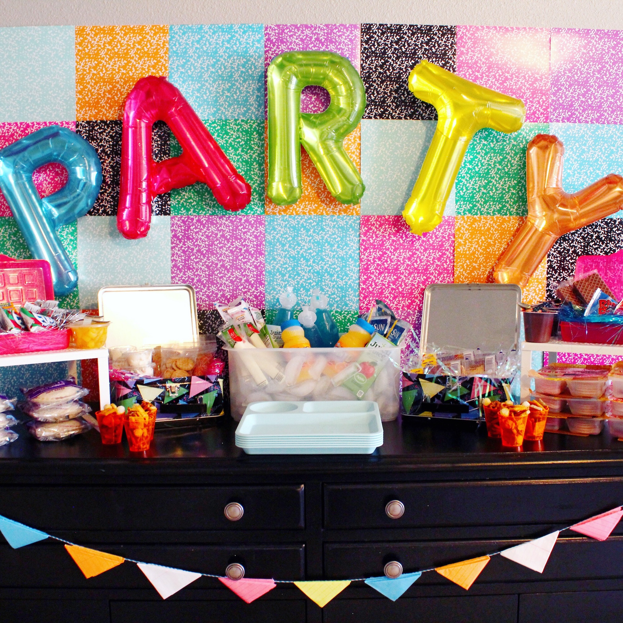 90s School Cafeteria Lunch Party_Design Organize Party.JPG
