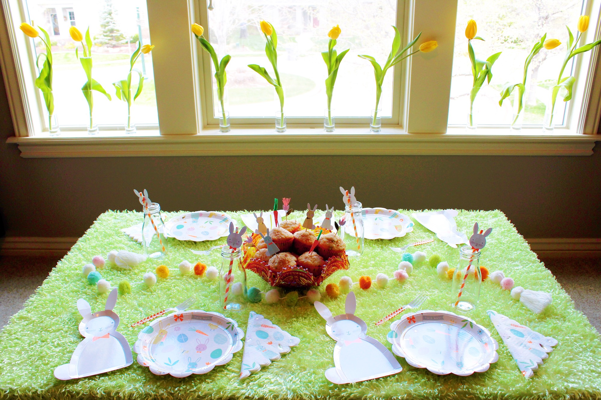 Easter morning breakfast brunch_Table setting decor_design organize party.JPG