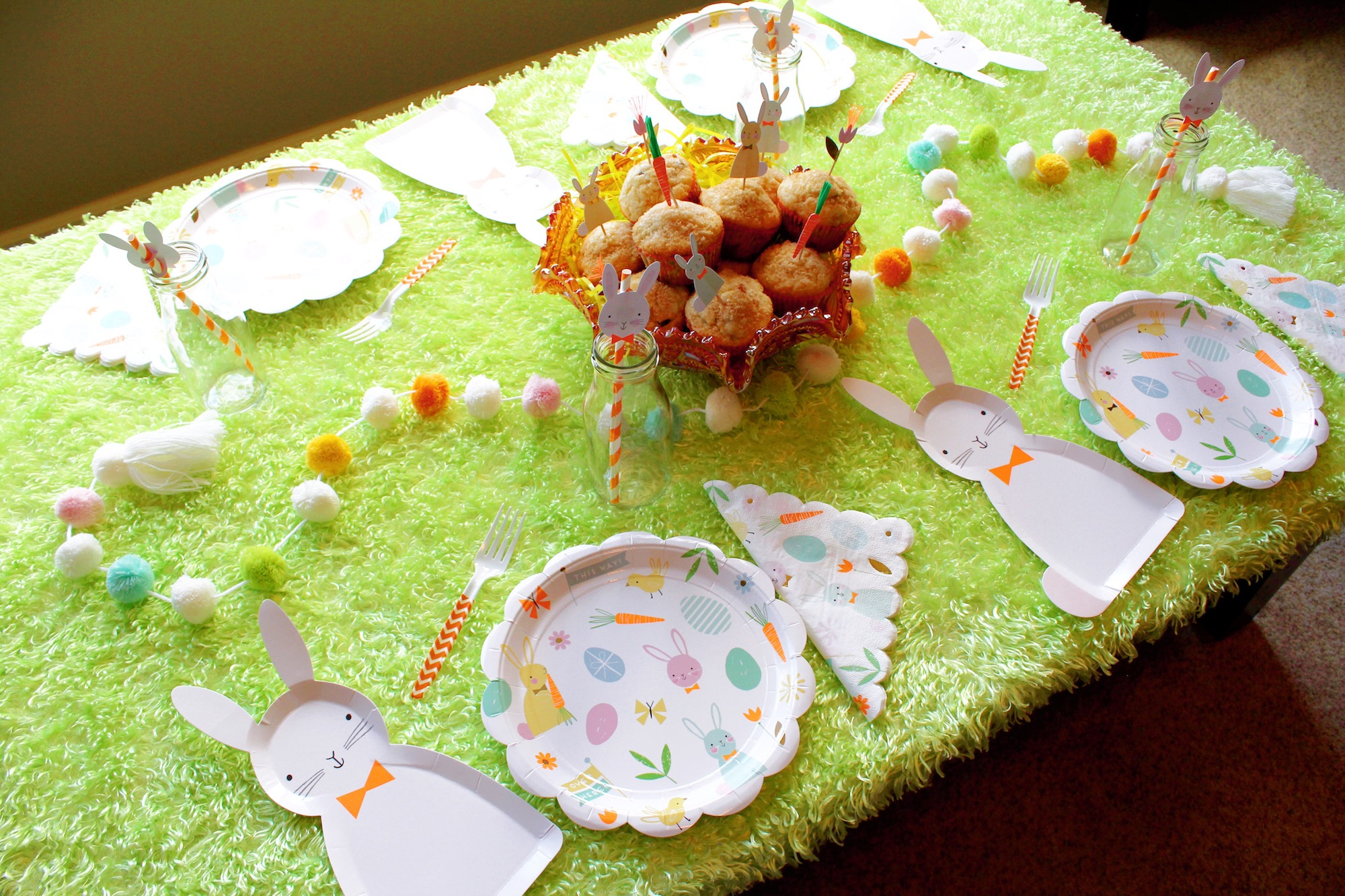 Easter Bunny Tablescape_Egg Hunt Breakfast Brunch_Design Organize Party.JPG