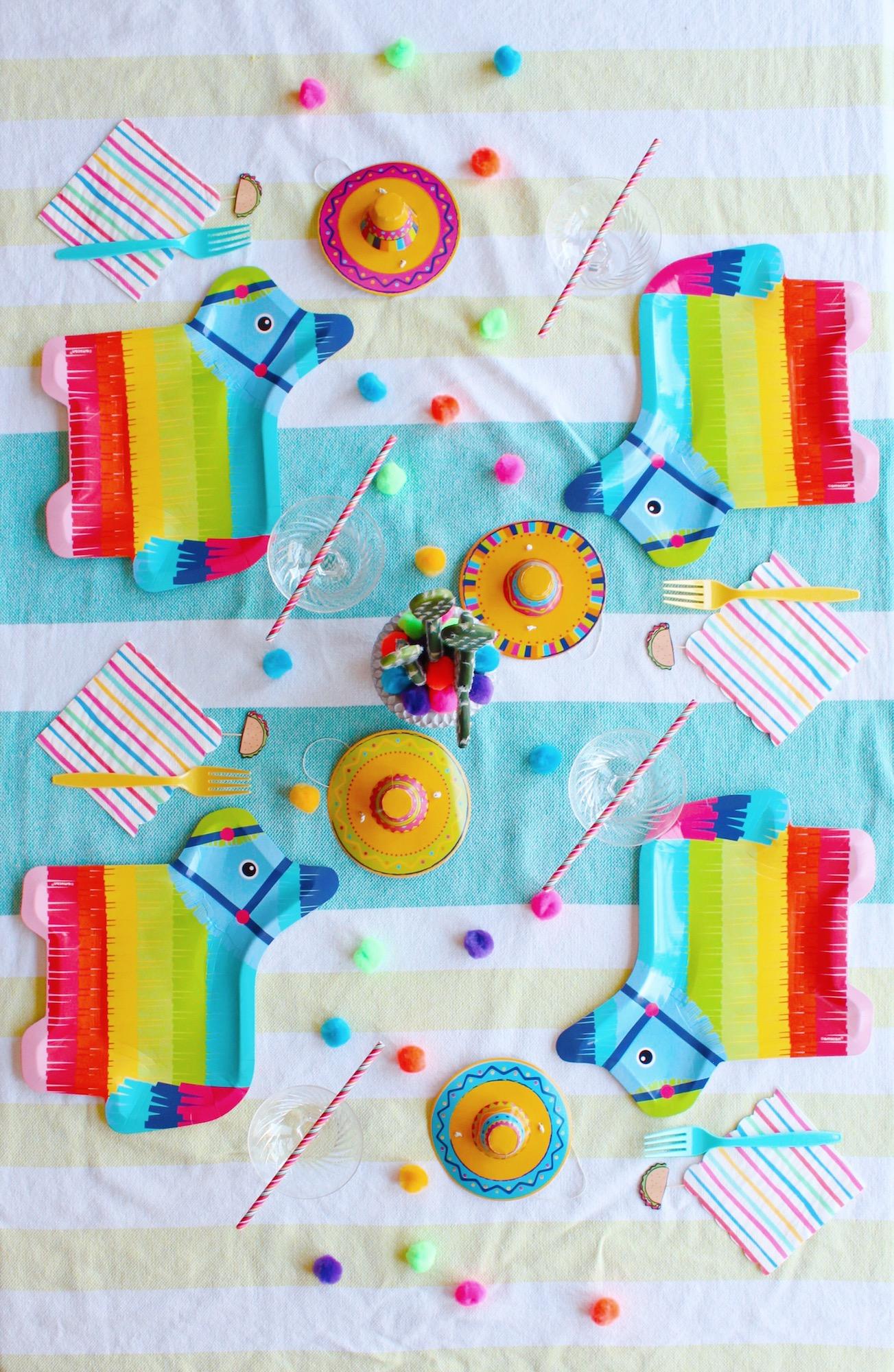 Cinco de Mayo Pinata Fiesta_Table Setting Ideas_Design Organize Party.JPG