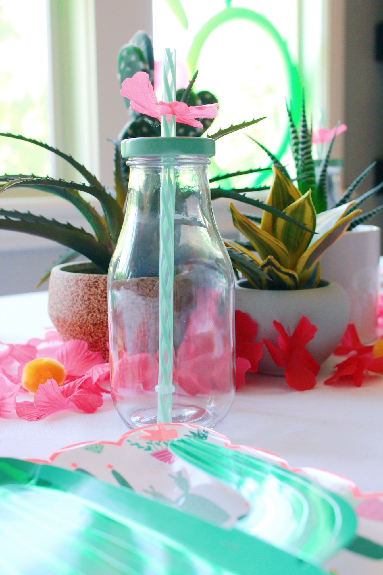 Cactus Desert Party_Drinkware_Straw Blossom_Design Organize Party.JPG