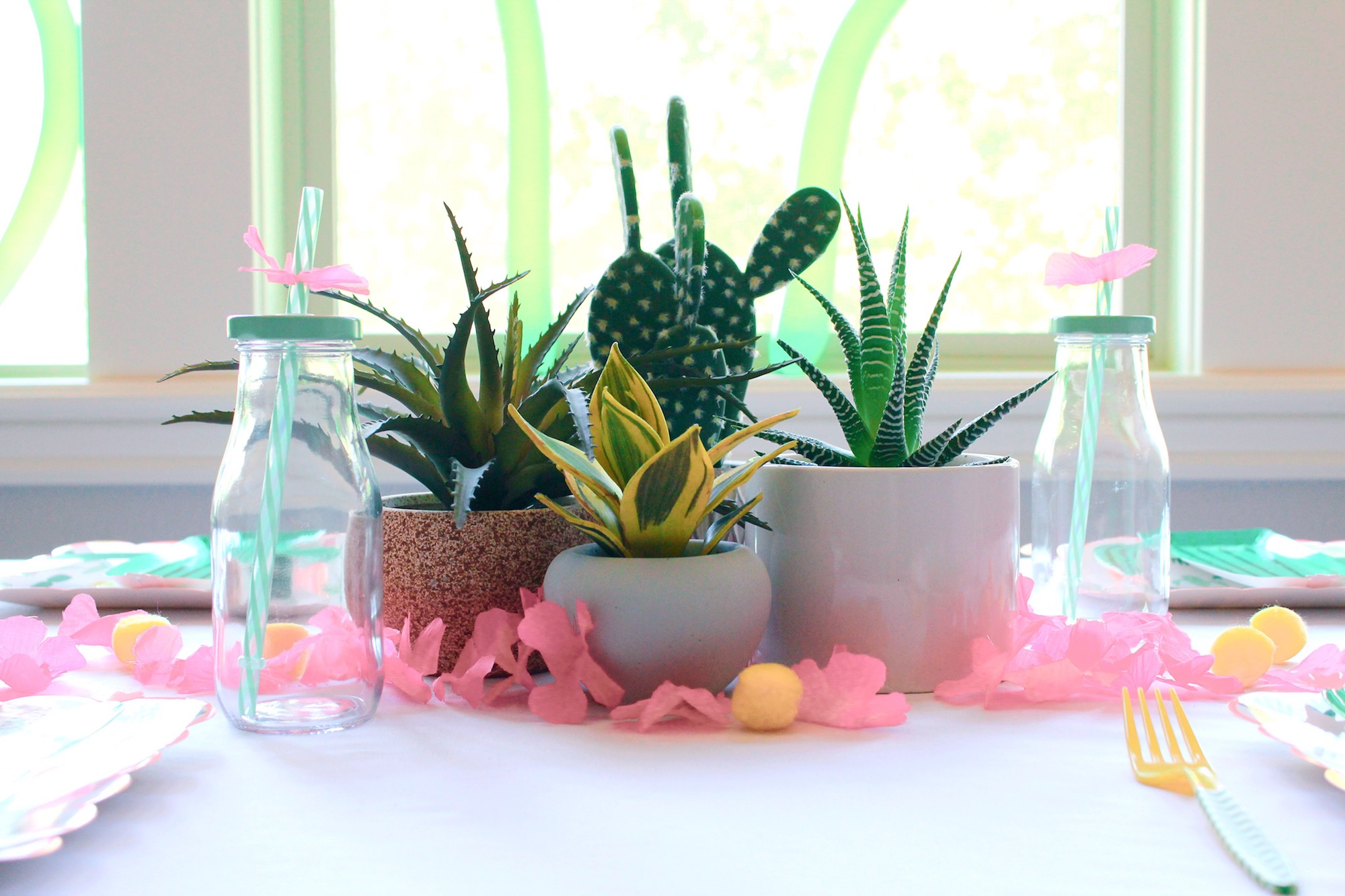 Cactus Party Table Setting Centerpiece_Design Organize Party.JPG