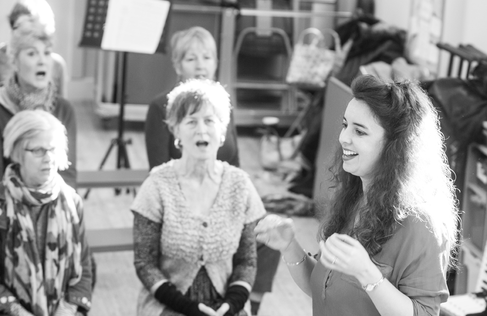 Ruth Kerr running a choral workshop