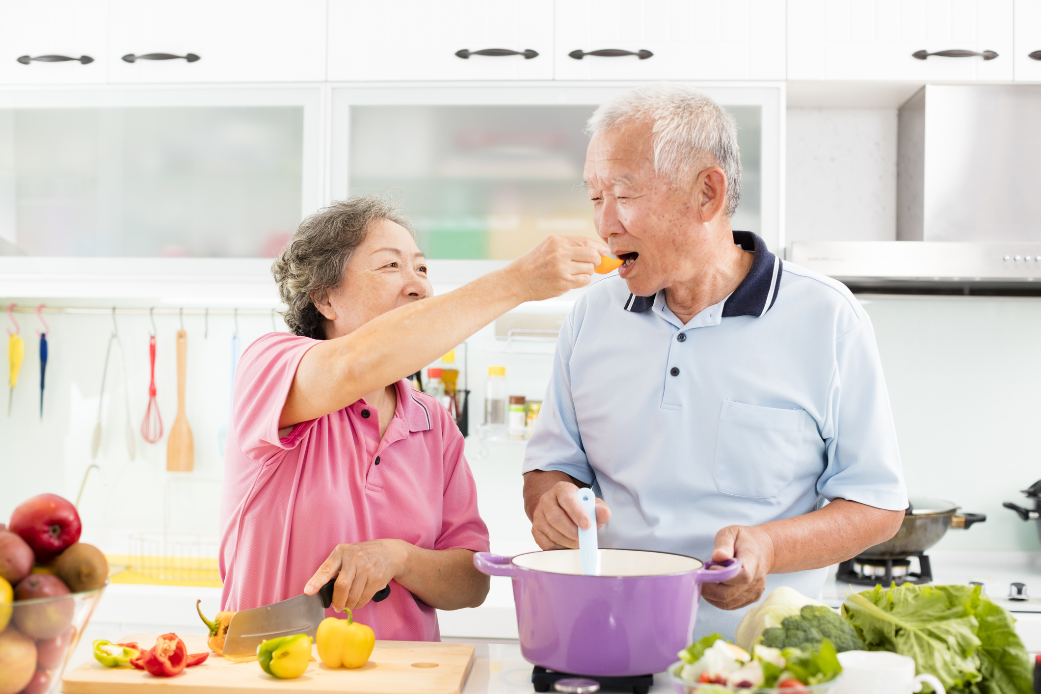 Elderly people eating healthy oxford healthcare tulsa healthy food prep.jpg