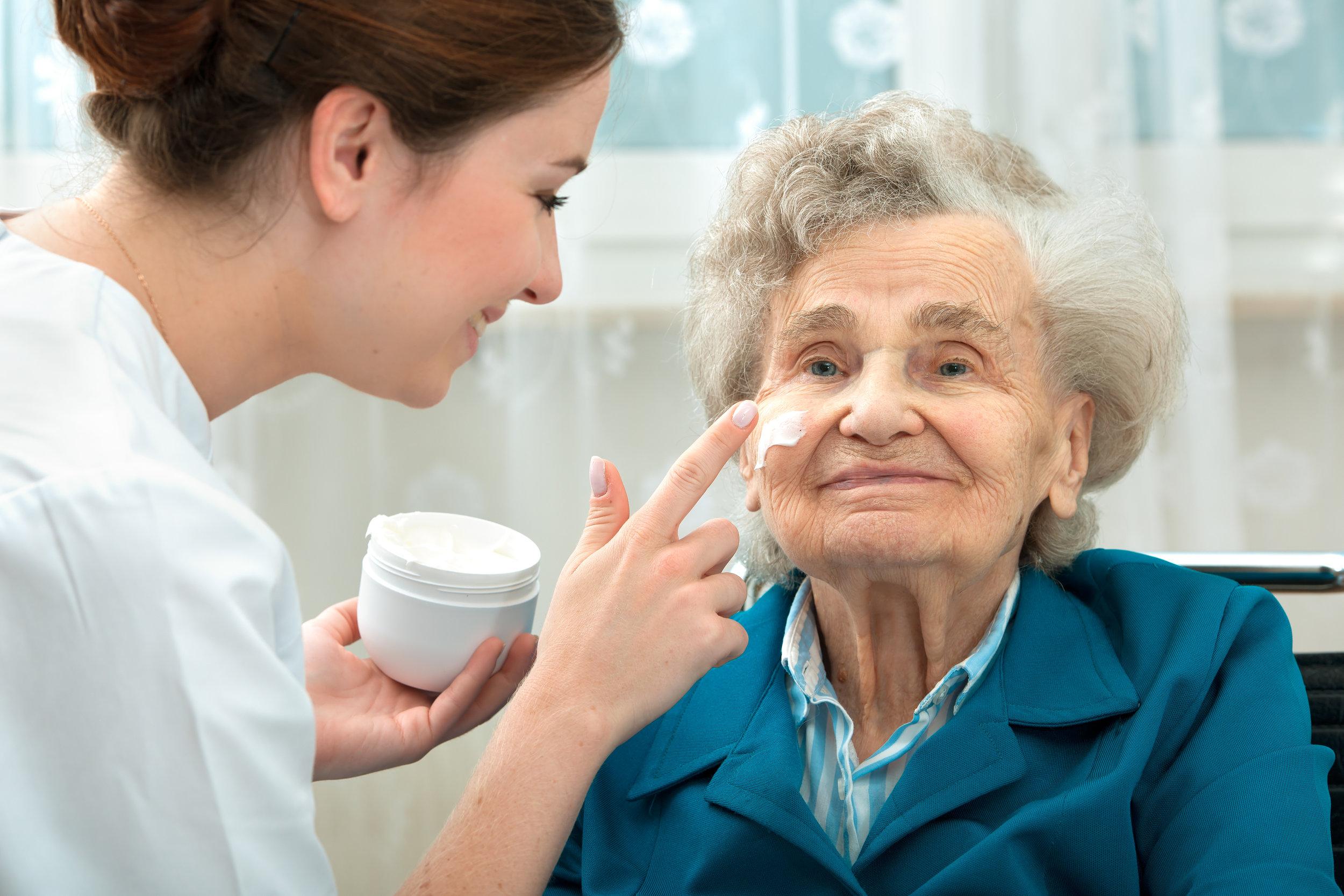 personal care assistance oxford healthcare tulsa oklahoma home healthcare in tulsa.jpg