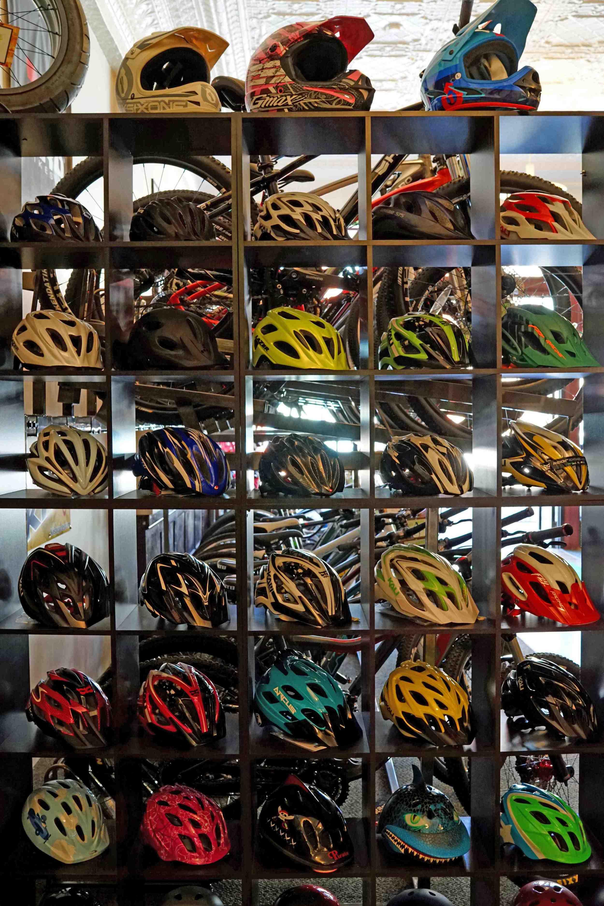 bbb-helmets .jpg