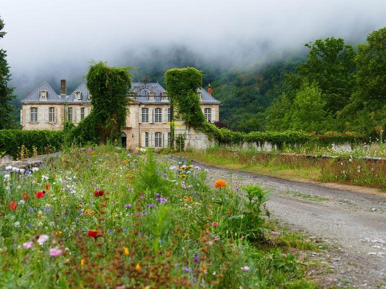 sd-aspect-1491335497-hbz-chateau-gudanes-p1130798.jpg
