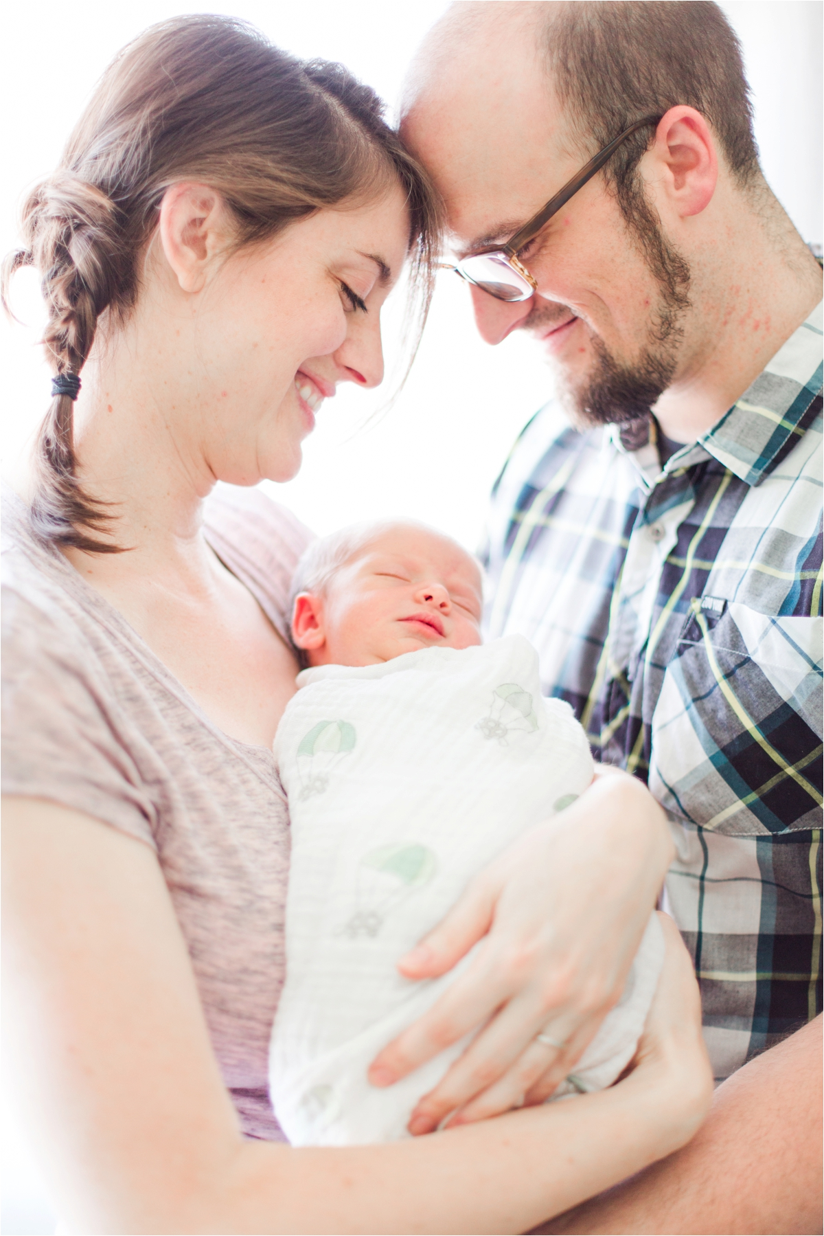 Lifestyle newborn pictures by Briana Calderon Photography_0300.jpg