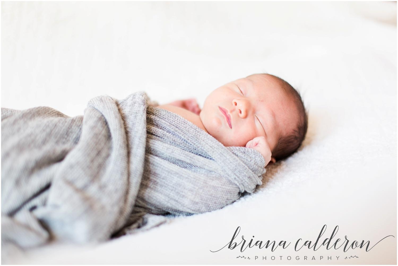 Lifestyle home newborn photos by Briana Calderon Photography_0866.jpg
