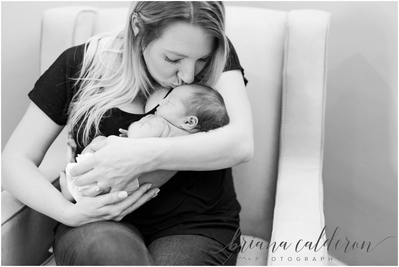 Lifestyle home newborn photos by Briana Calderon Photography_0842.jpg