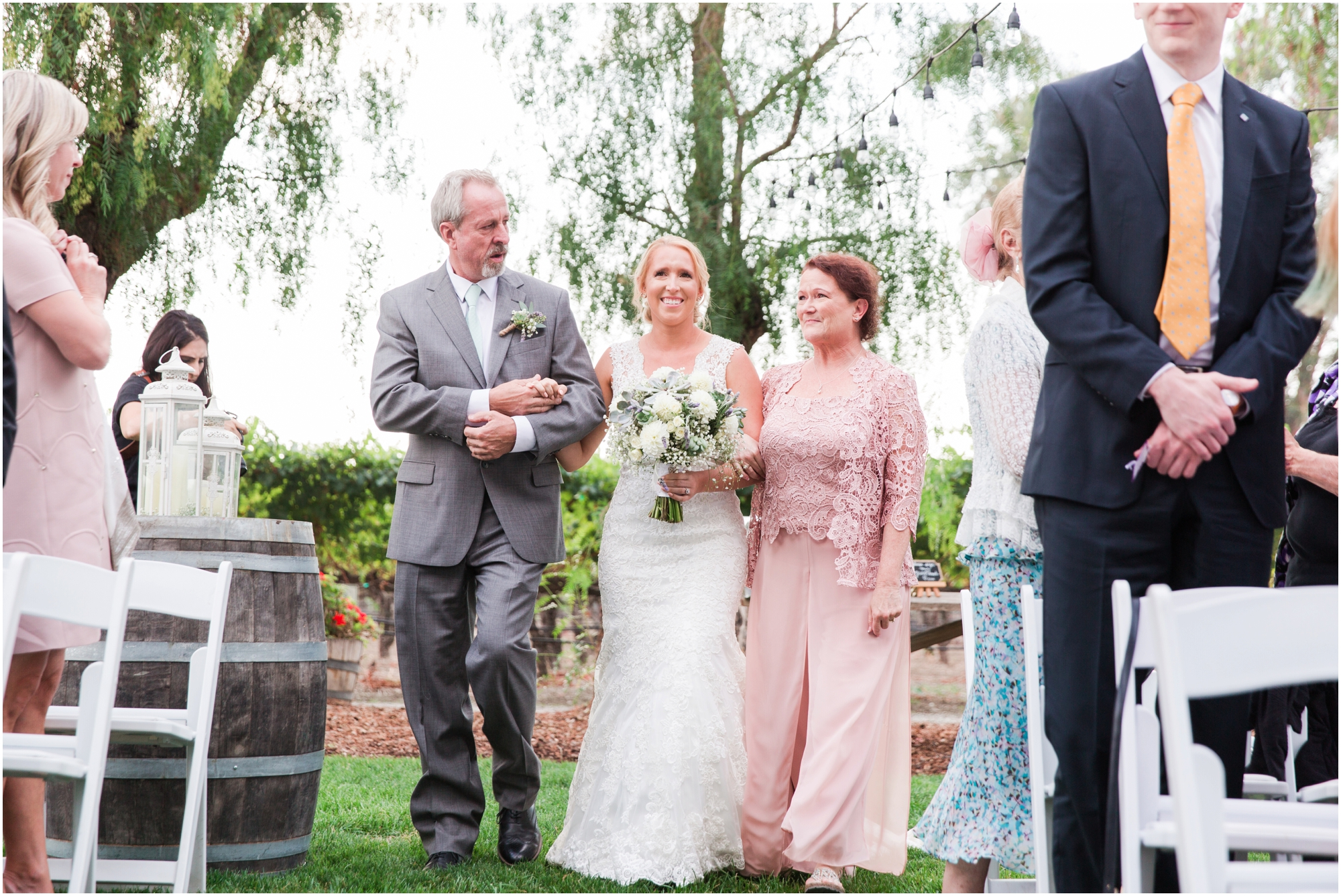 Retzlaff Winery wedding pictures by Briana Calderon Photography_2308.jpg