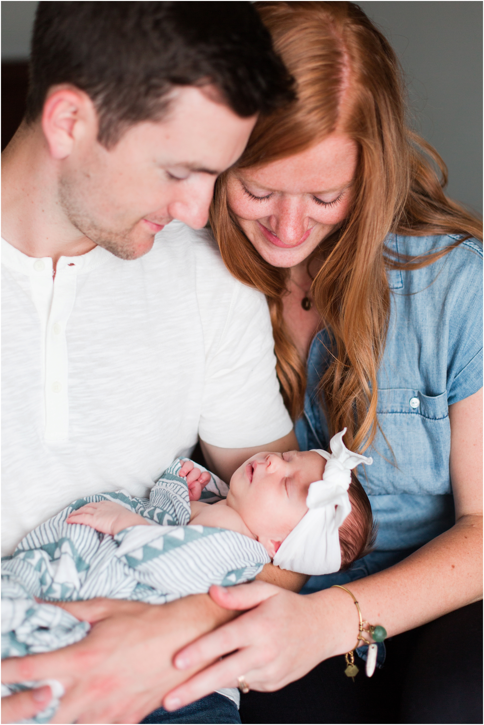 Seattle lifestyle newborn photos by Briana Calderon Photography based in the Greater Seattle & Tacoma, WA_0710.jpg