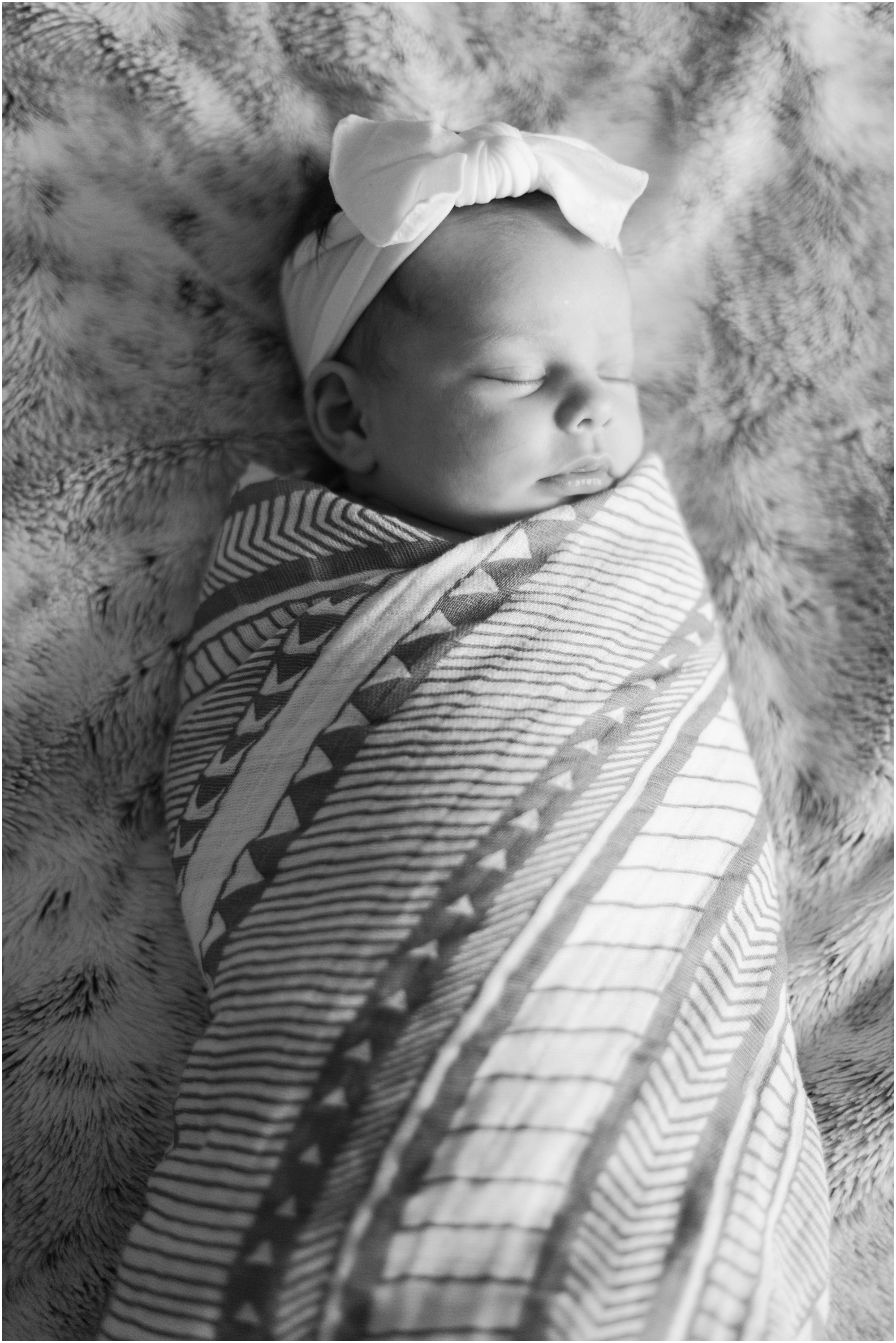 Seattle lifestyle newborn photos by Briana Calderon Photography based in the Greater Seattle & Tacoma, WA_0726.jpg
