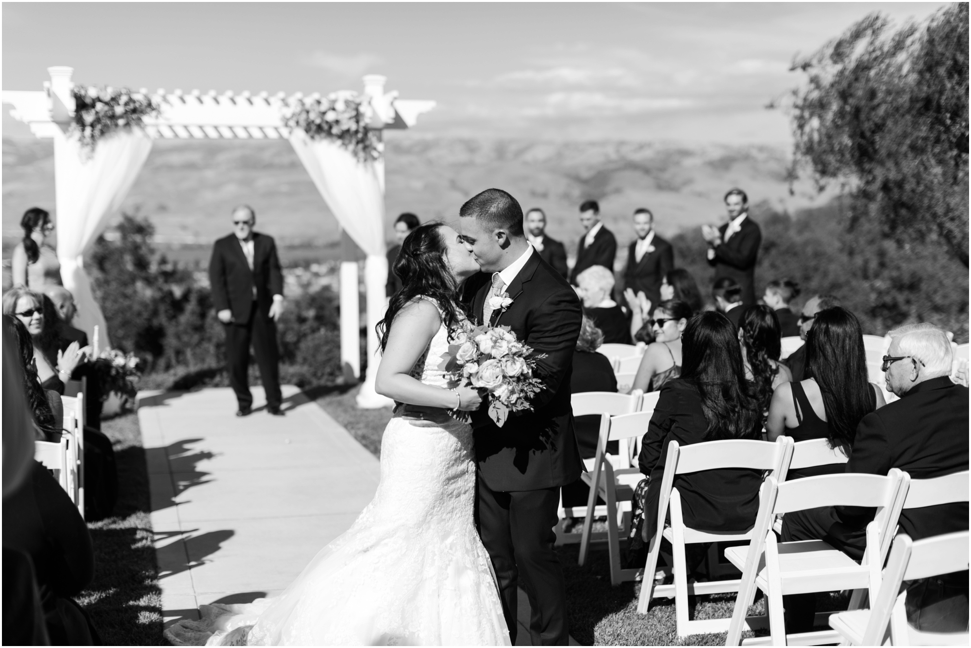 Willow Heights Mansion wedding by Briana Calderon Photography based in the Greater Seattle & Tacoma, WA_0858.jpg