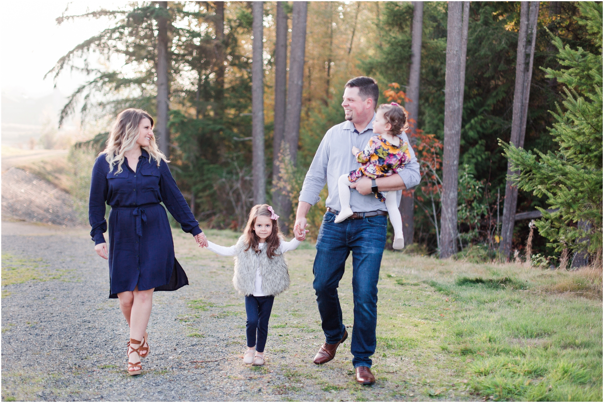 Fall family pictures by Briana Calderon Photography based in the Greater Seattle & Tacoma, WA_0925.jpg