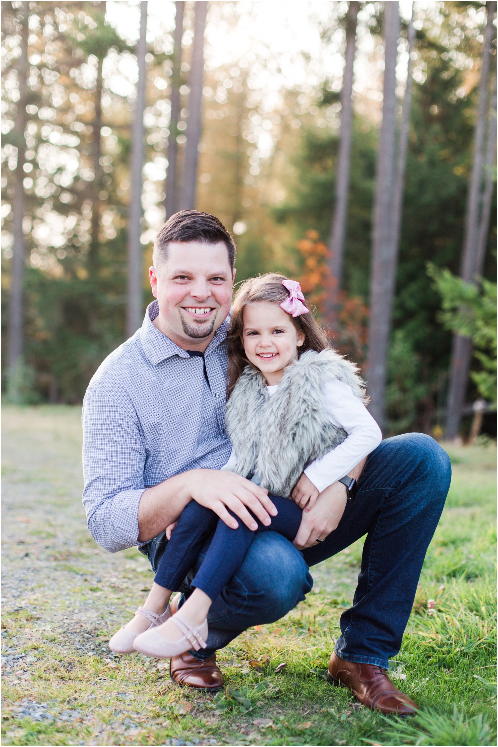 Fall family pictures by Briana Calderon Photography based in the Greater Seattle & Tacoma, WA_0931.jpg