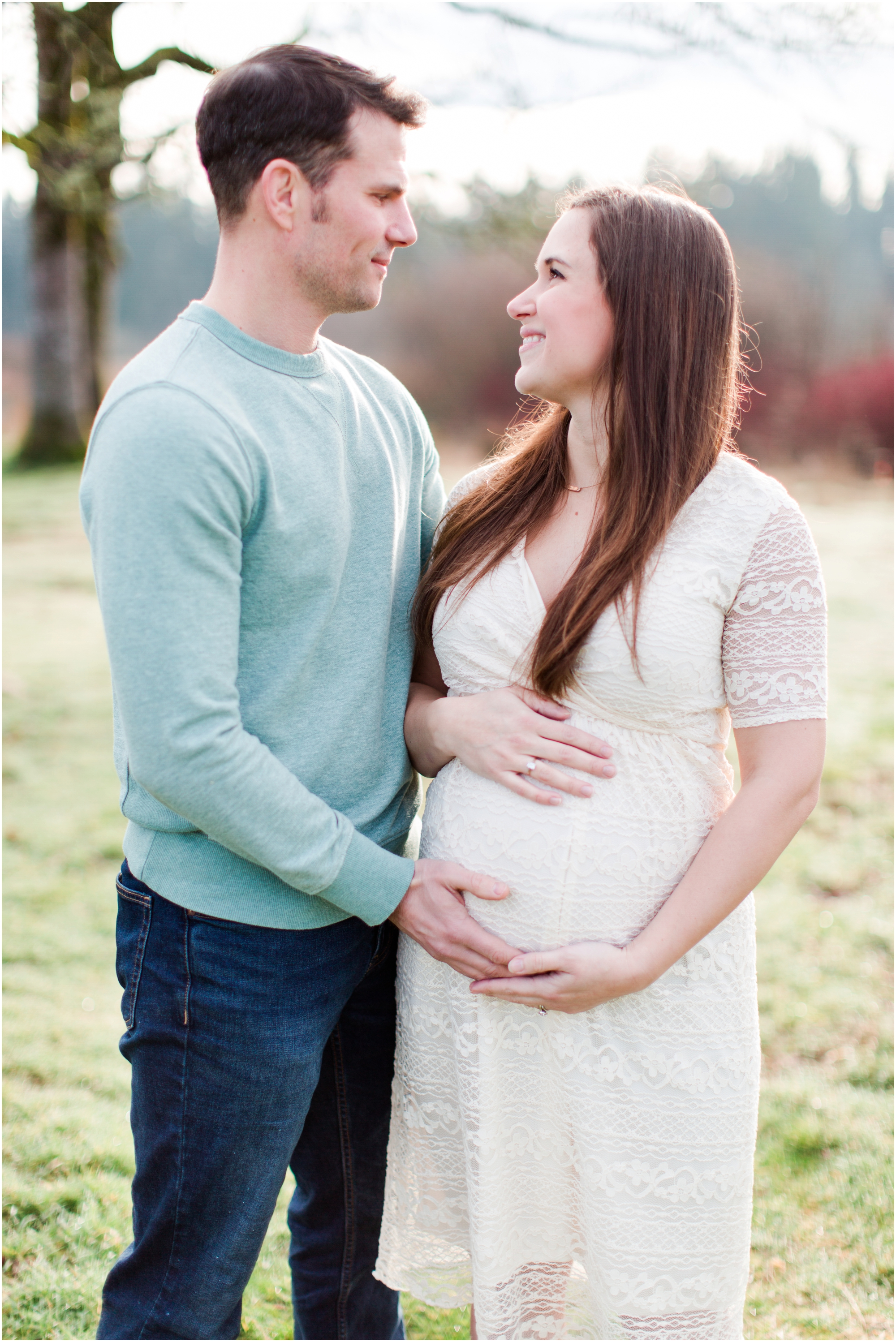Maternity family photos by Briana Calderon Photography based in the Greater Seattle & Tacoma, WA_1019.jpg