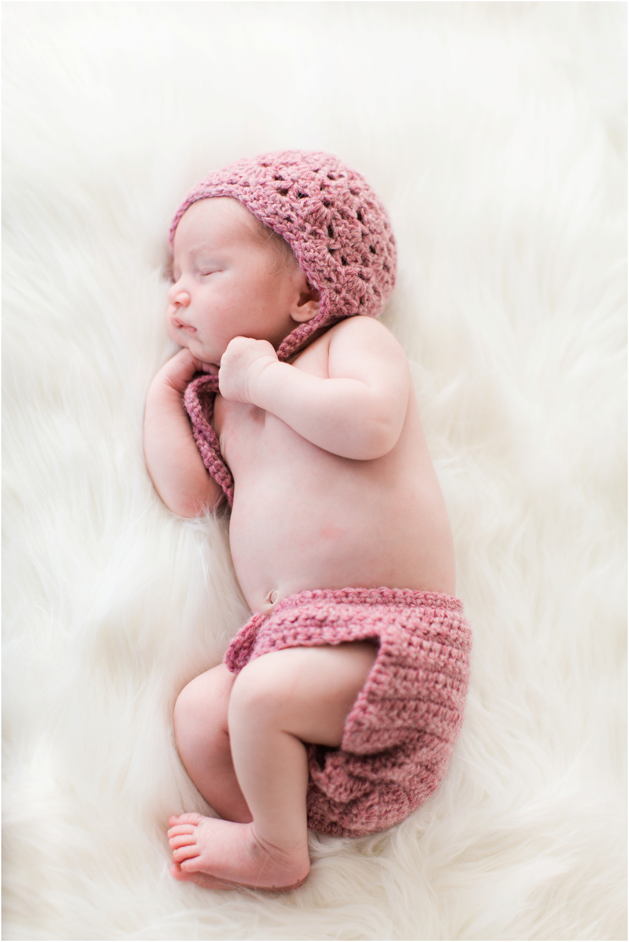 Lifestyle newborn photos by Briana Calderon Photography based in the Greater Seattle & Tacoma, WA_1059.jpg
