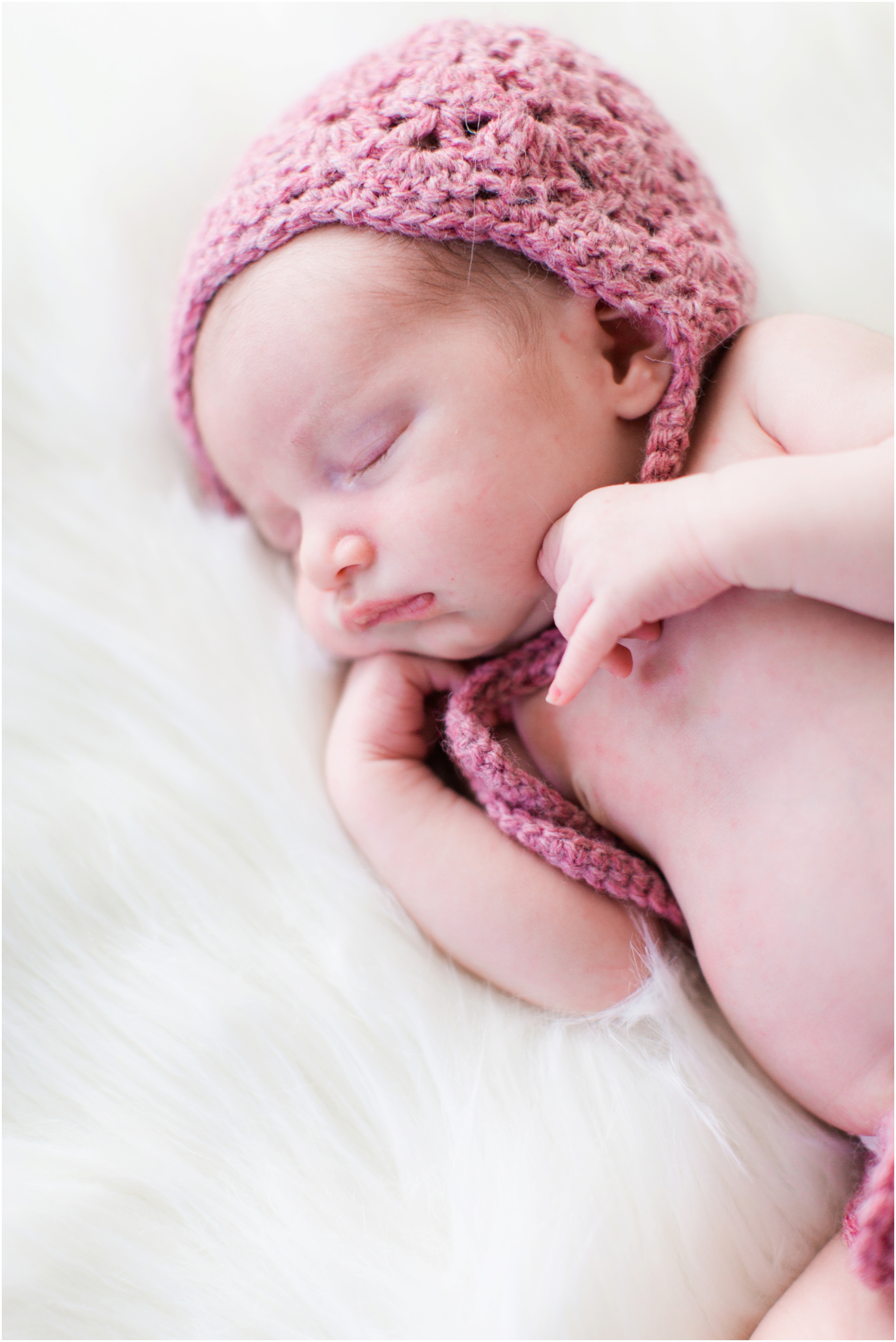 Lifestyle newborn photos by Briana Calderon Photography based in the Greater Seattle & Tacoma, WA_1061.jpg
