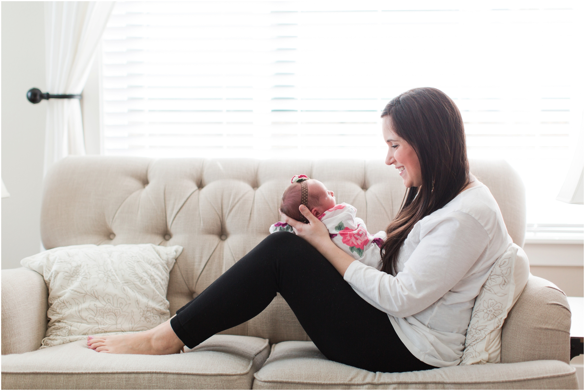 Lifestyle newborn photos by Briana Calderon Photography based in the Greater Seattle & Tacoma, WA_1068.jpg