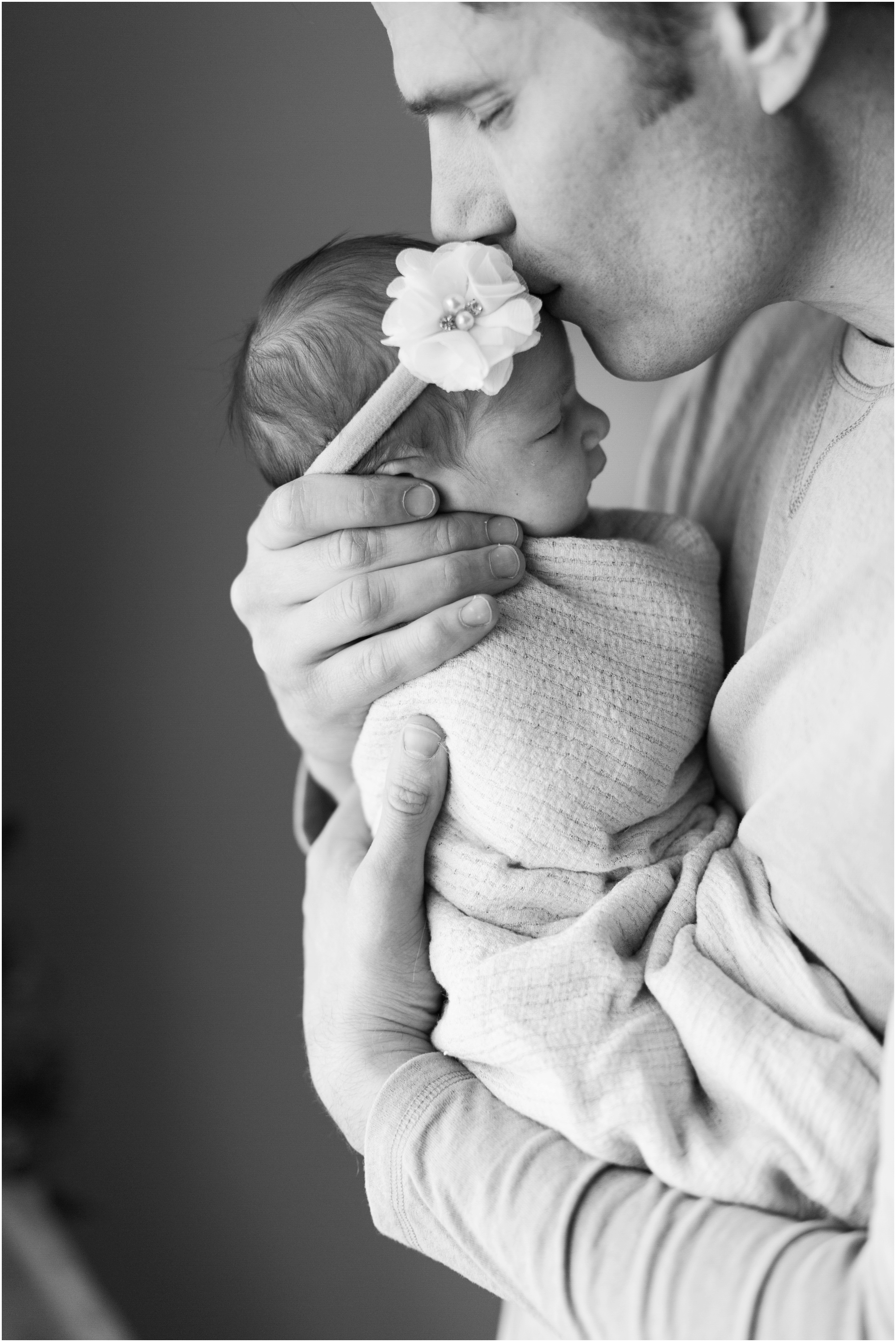 Lifestyle newborn photos by Briana Calderon Photography based in the Greater Seattle & Tacoma, WA_1080.jpg