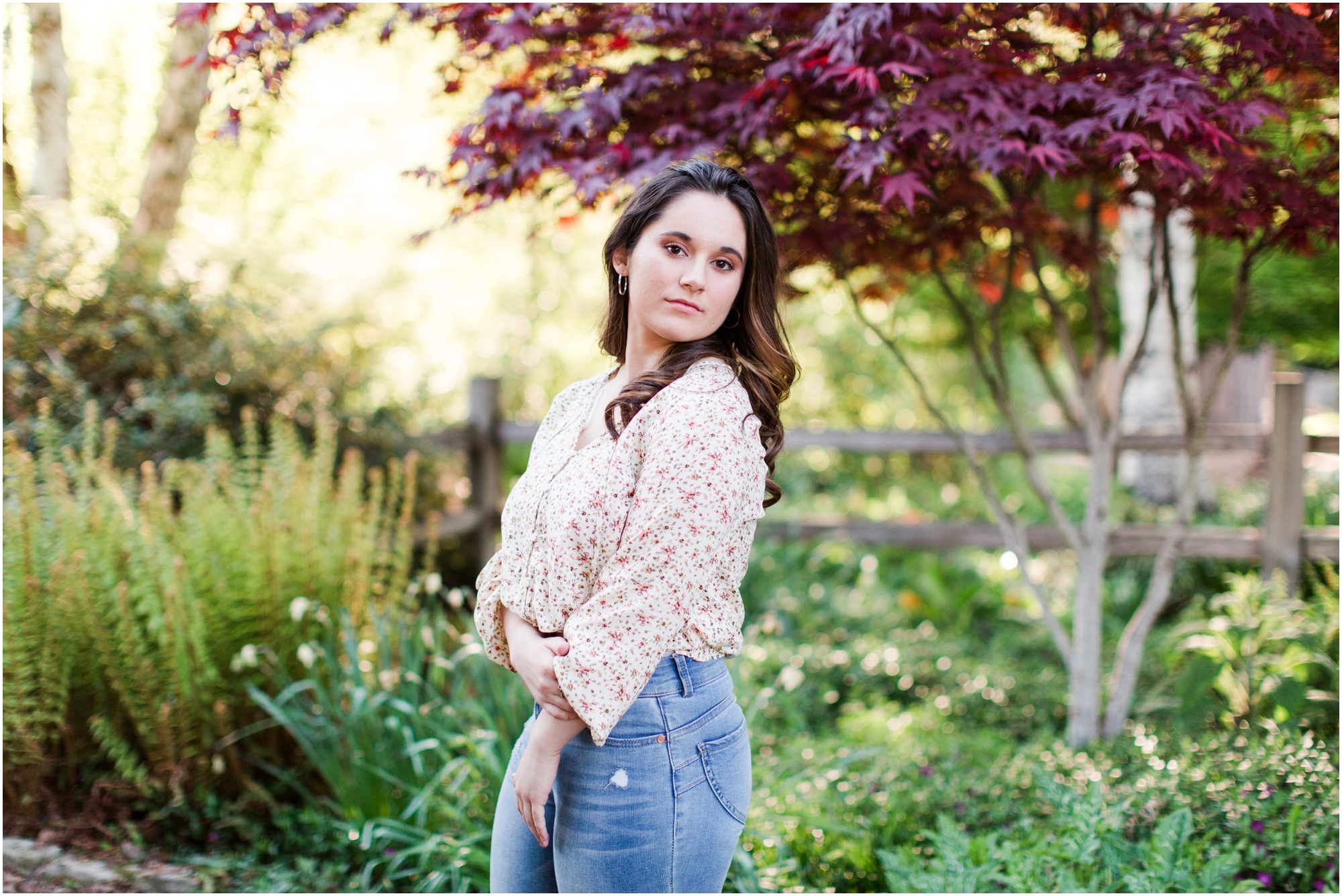 Senior Portraits at Point Defiance Park in Tacoma.  Photos by Briana Calderon Photography based in the greater Seattle Tacoma Area._1110.jpg