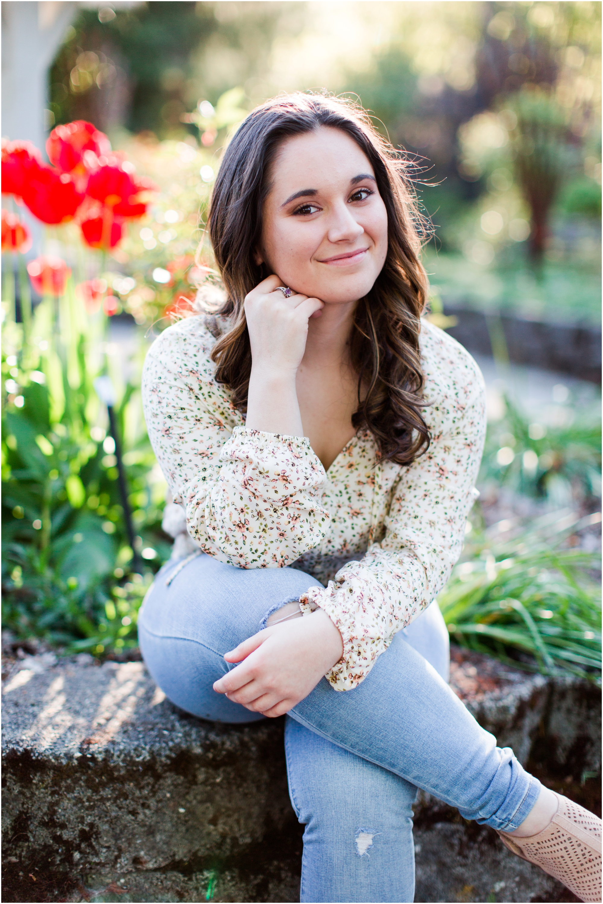 Senior Portraits at Point Defiance Park in Tacoma.  Photos by Briana Calderon Photography based in the greater Seattle Tacoma Area._1126.jpg