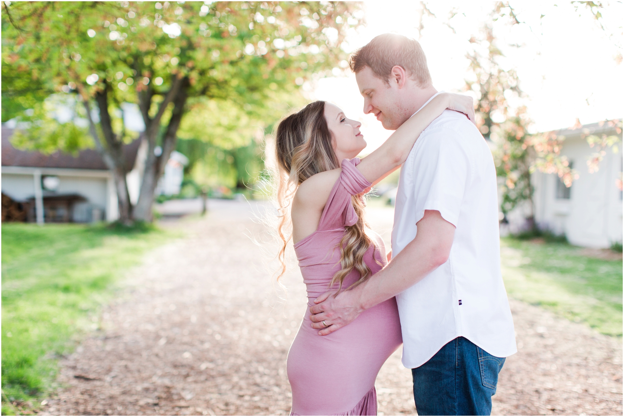 Wild Hearts Farm maternity shoot in Tacoma. Photos by Briana Calderon Photography based in the greater Seattle Tacoma Area._1209.jpg