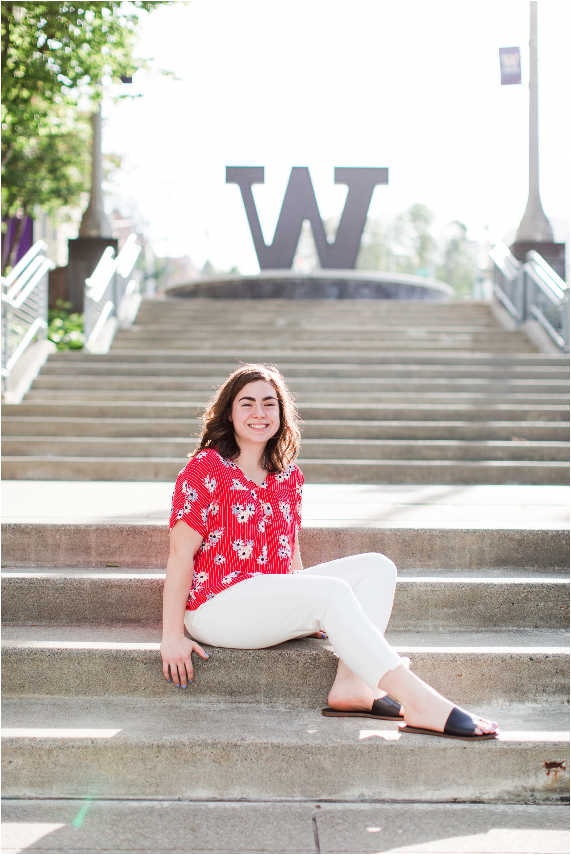 Senior portrait shoot at UW Tacoma campus and Bridge of Glass. Photos by Briana Calderon Photography based in the greater Seattle Area._1225.jpg