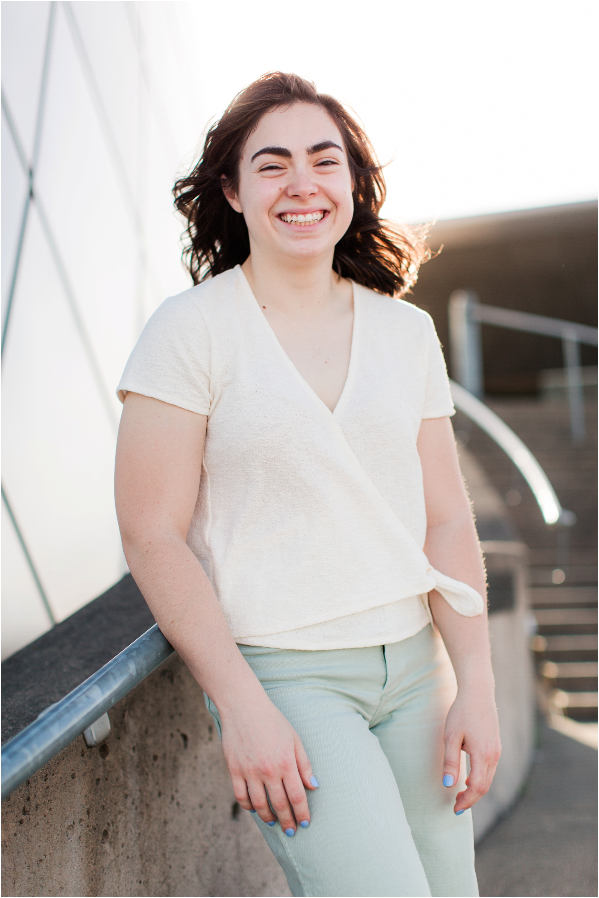 Senior portrait shoot at UW Tacoma campus and Bridge of Glass. Photos by Briana Calderon Photography based in the greater Seattle Area._1233.jpg