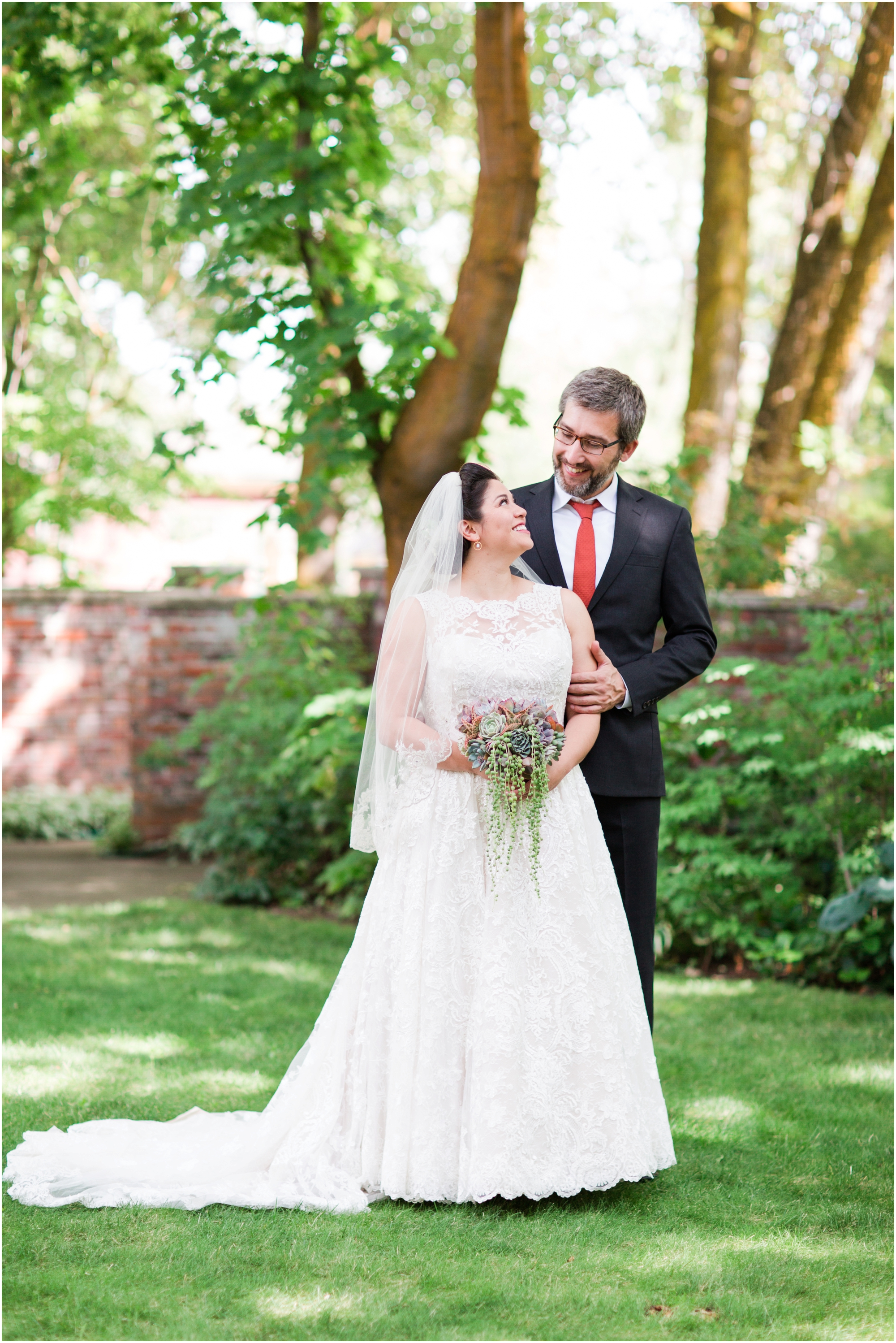 Garden wedding in Ellensburg, WA. Photos by Briana Calderon Photography based in the greater Seattle-Tacoma Area._1312.jpg