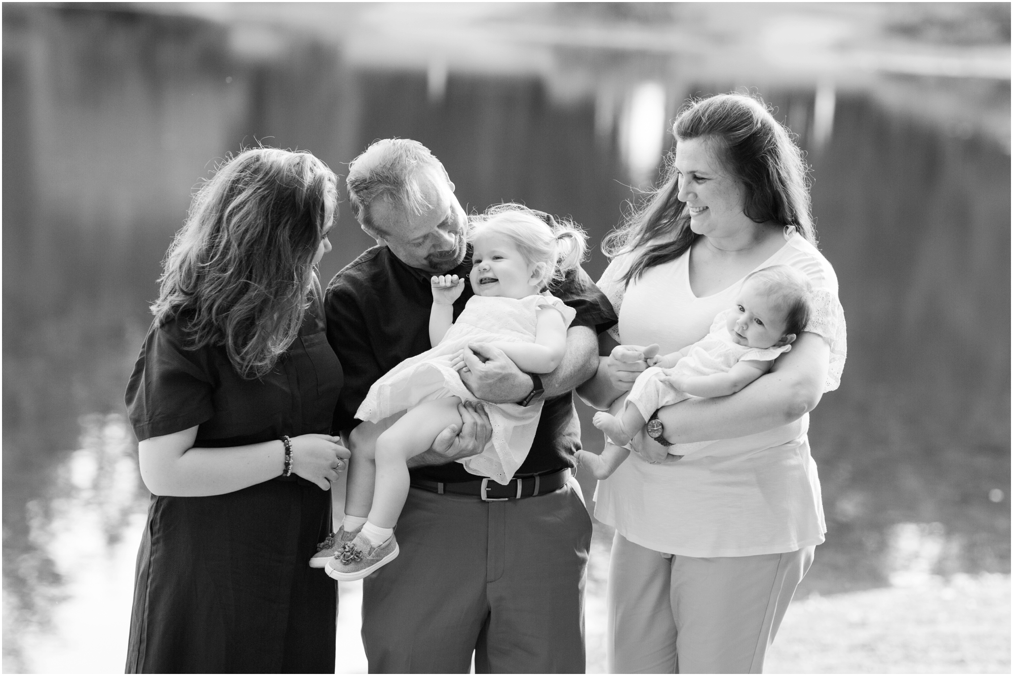 Family portraits at Bradley Lake Park in Puyallup, WA. Photos by Briana Calderon Photography based in the greater Seattle-Tacoma Area._1379.jpg