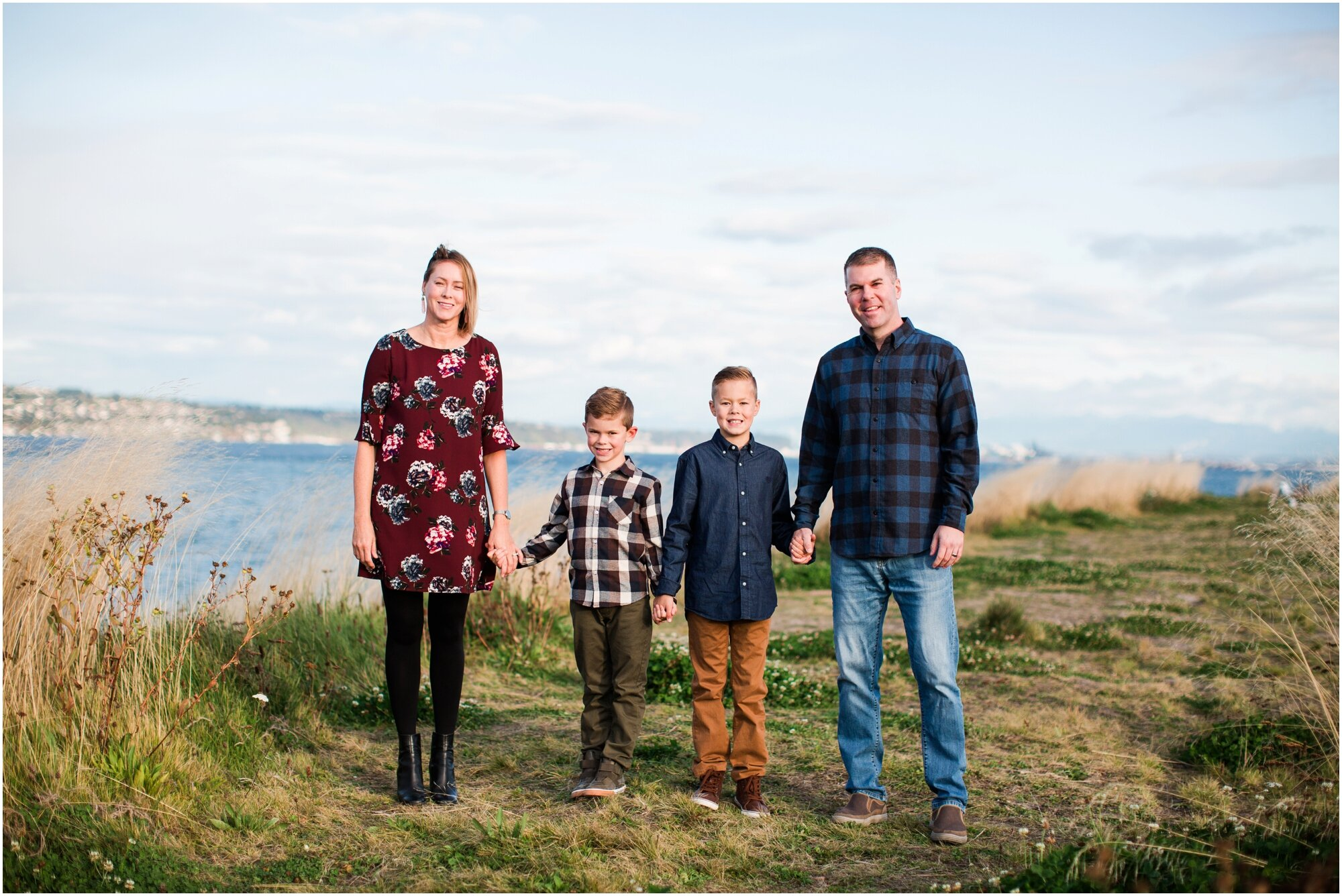 Family photos at Dune Peninsula in Ruston, WA. Photos by Briana Calderon Photography based in the greater Seattle-Tacoma Area._1411.jpg