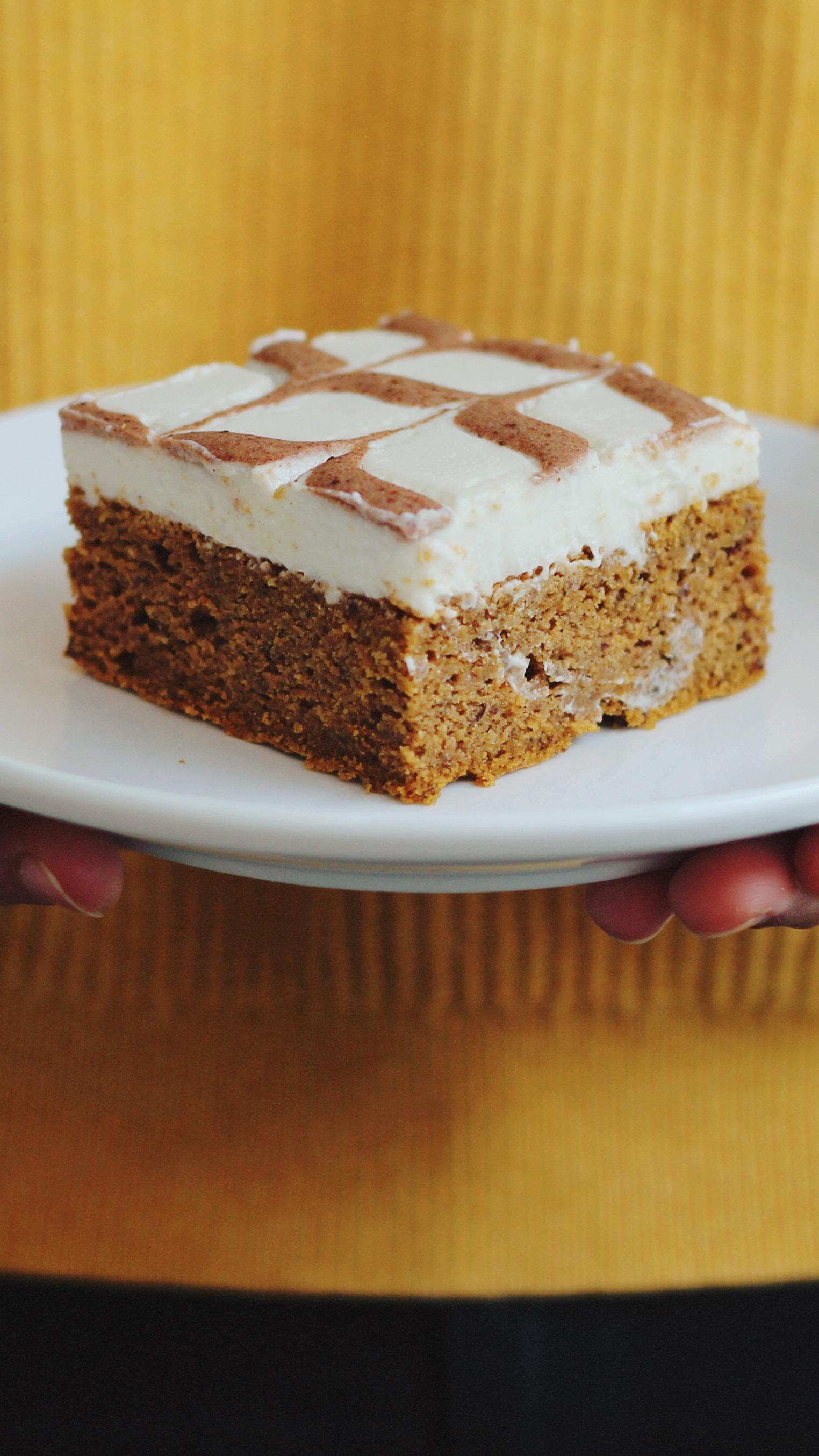 Pumpkin Vanilla Cake Square