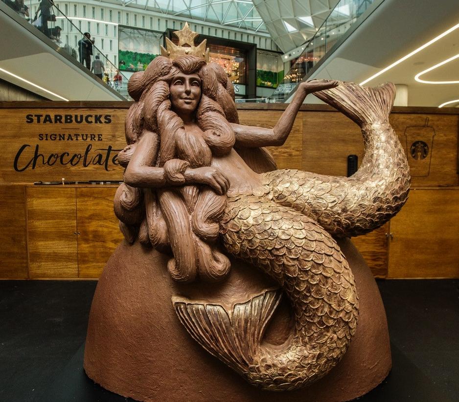 chocolaticianchocolatemermaidsirensculpture