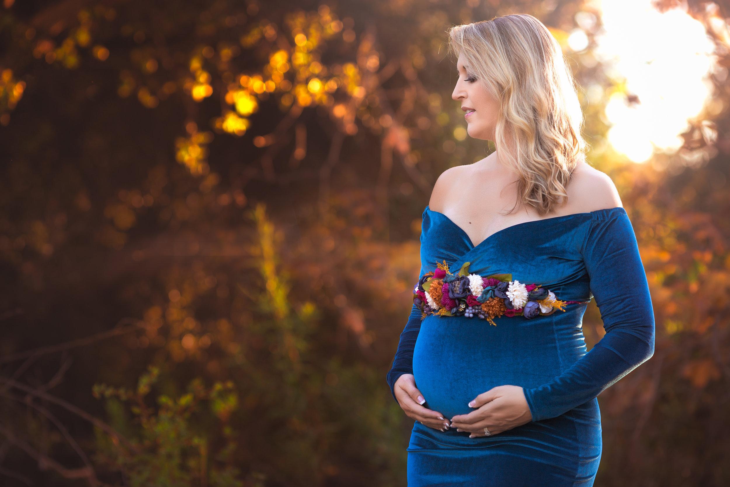 Donna-MaternityModel-OhMyGoddardPhotography-3.jpg