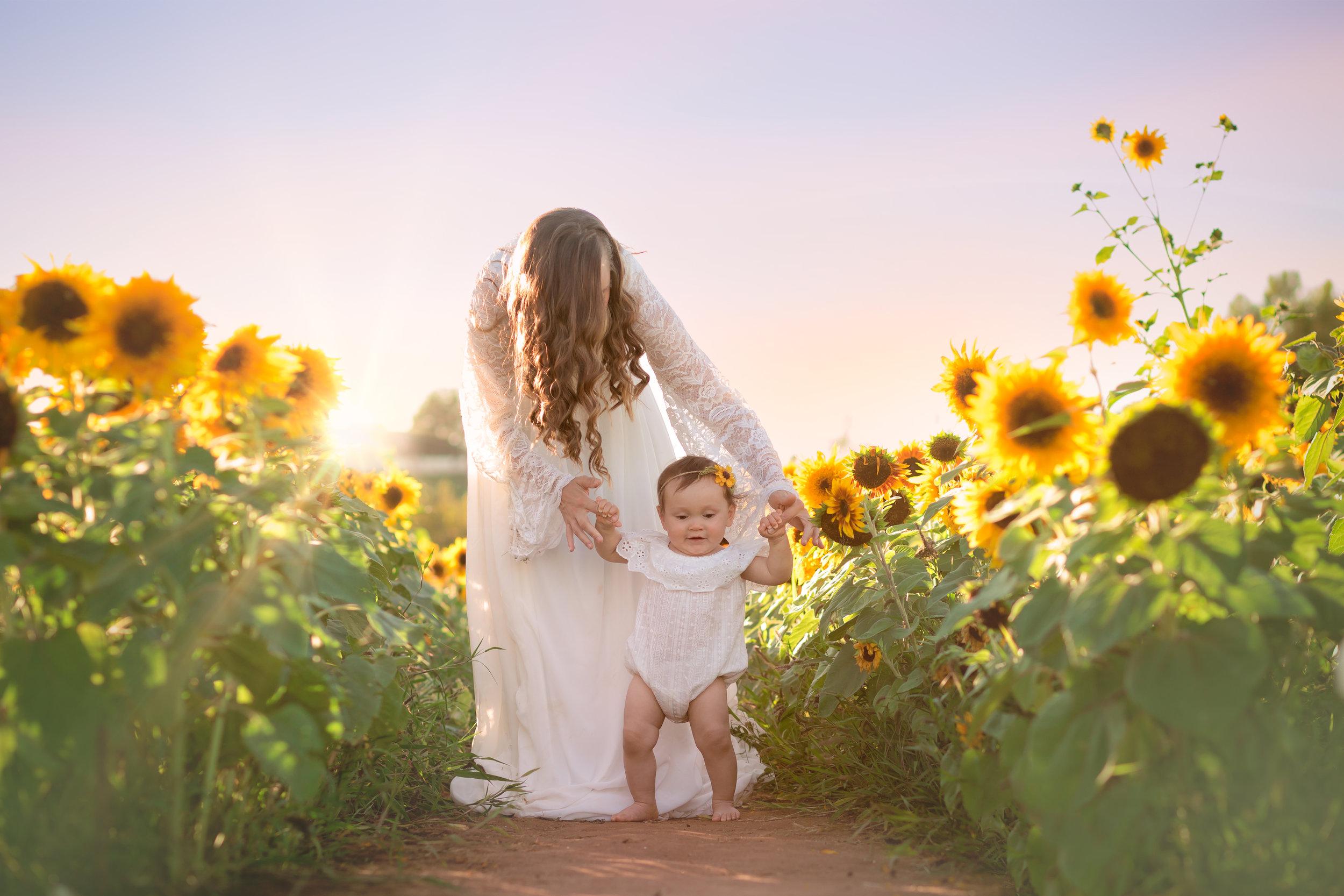 Mommy+Maleayah-2018-12.jpg