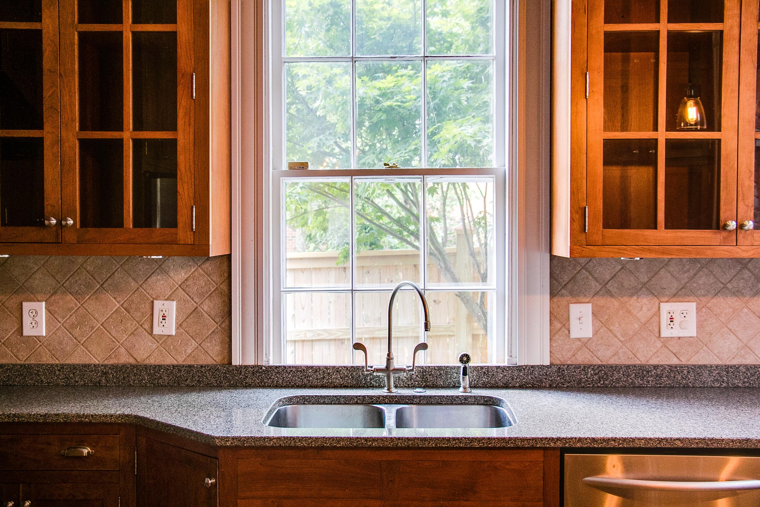9 Kitchen 4.jpg