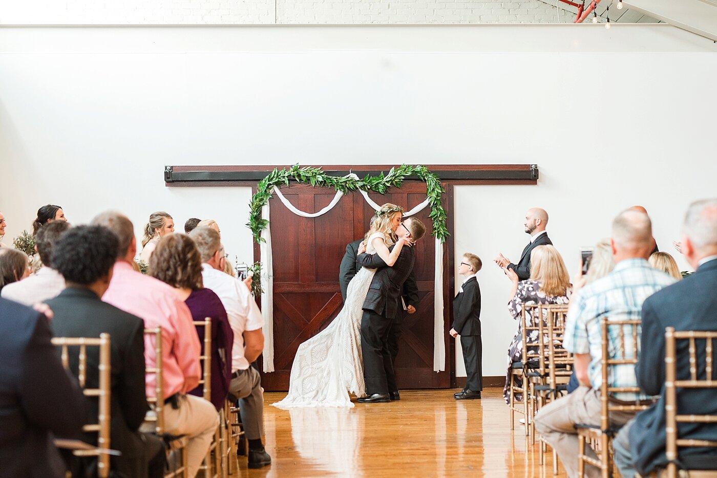 modern industrial wedding jess + cap_0037.jpg