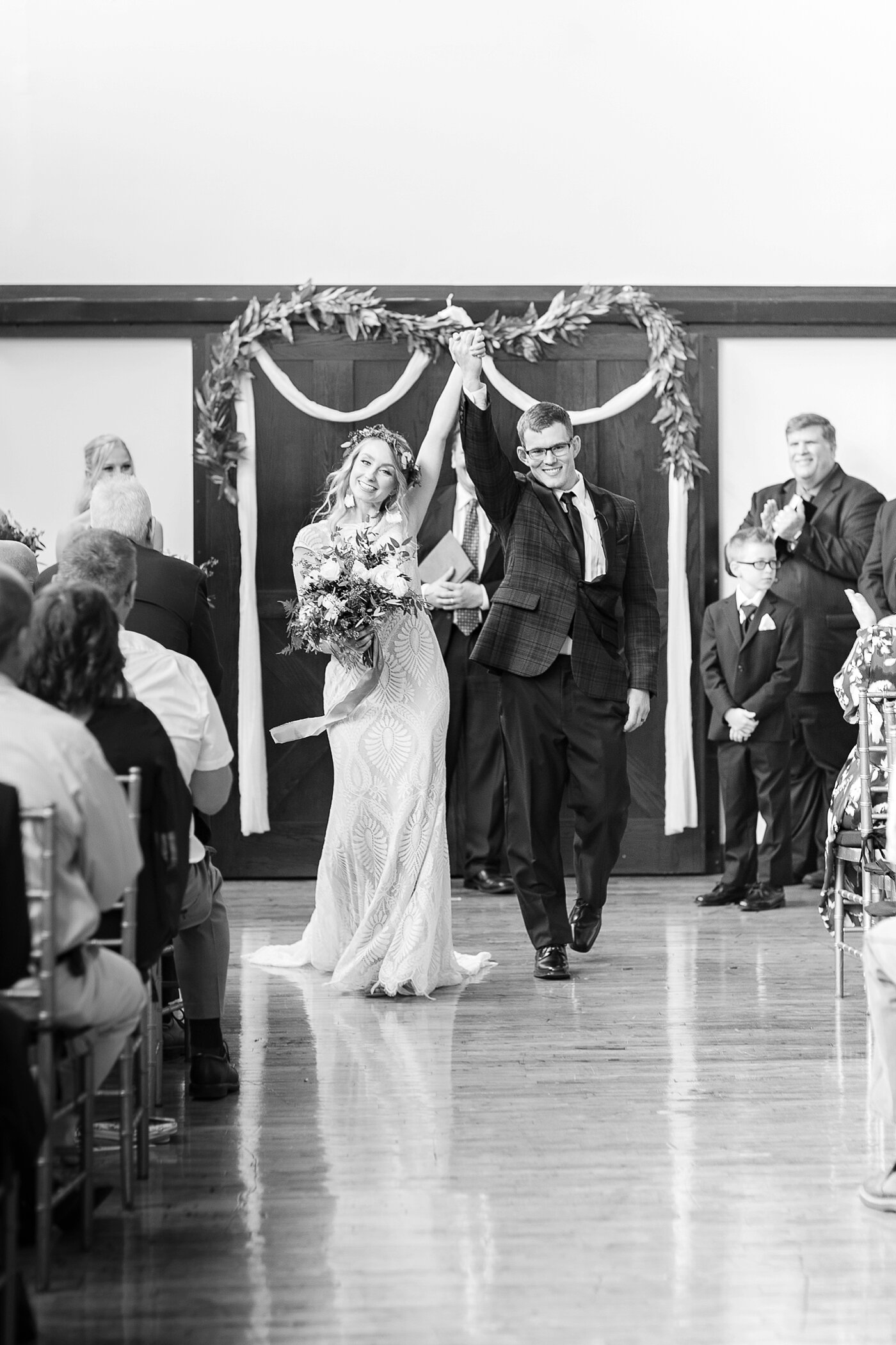 modern industrial wedding jess + cap_0038.jpg
