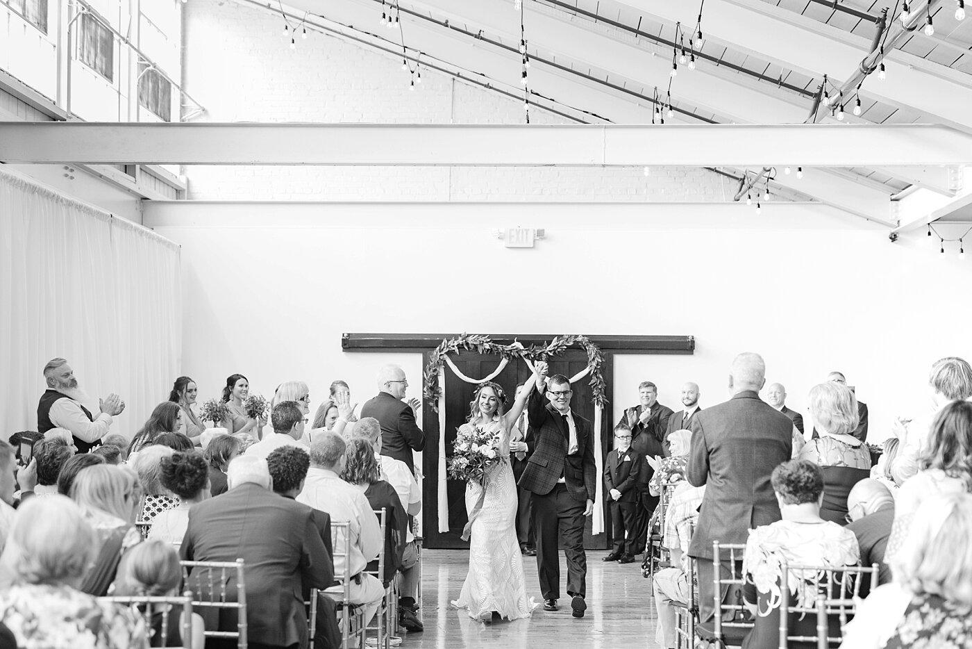 modern industrial wedding jess + cap_0039.jpg