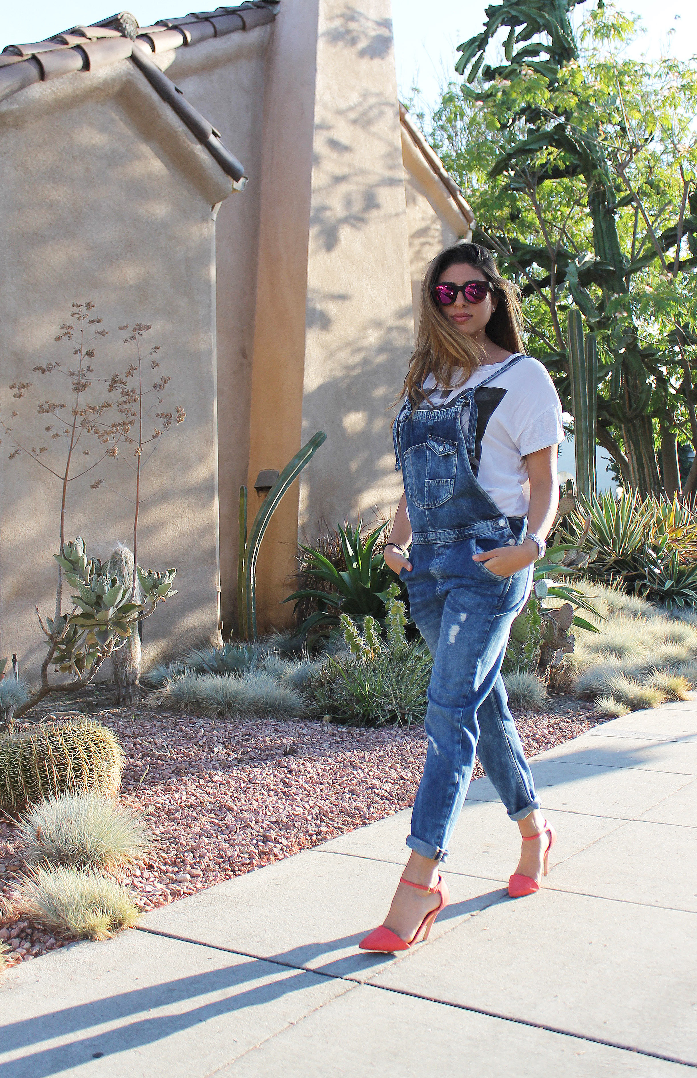 mel-ronnie-overalls-heels-outfit-1.JPG
