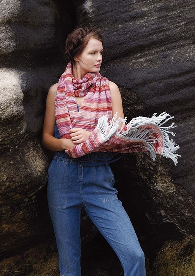 Comorant, by Sasha Kagan, is a crocheted scarf in Summerlite 4 ply