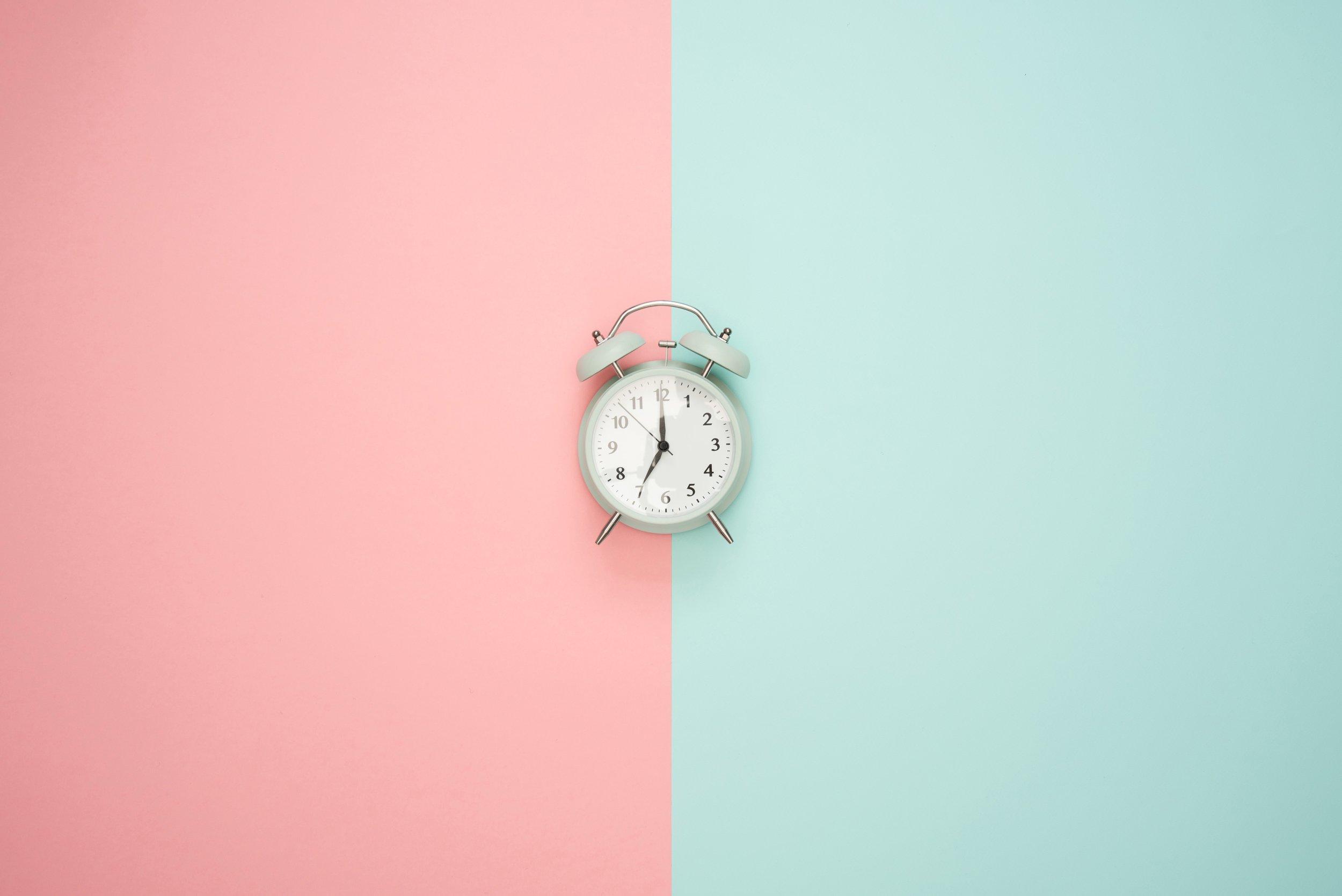alarm-clock-art-background-1037993 (1)-1.jpg