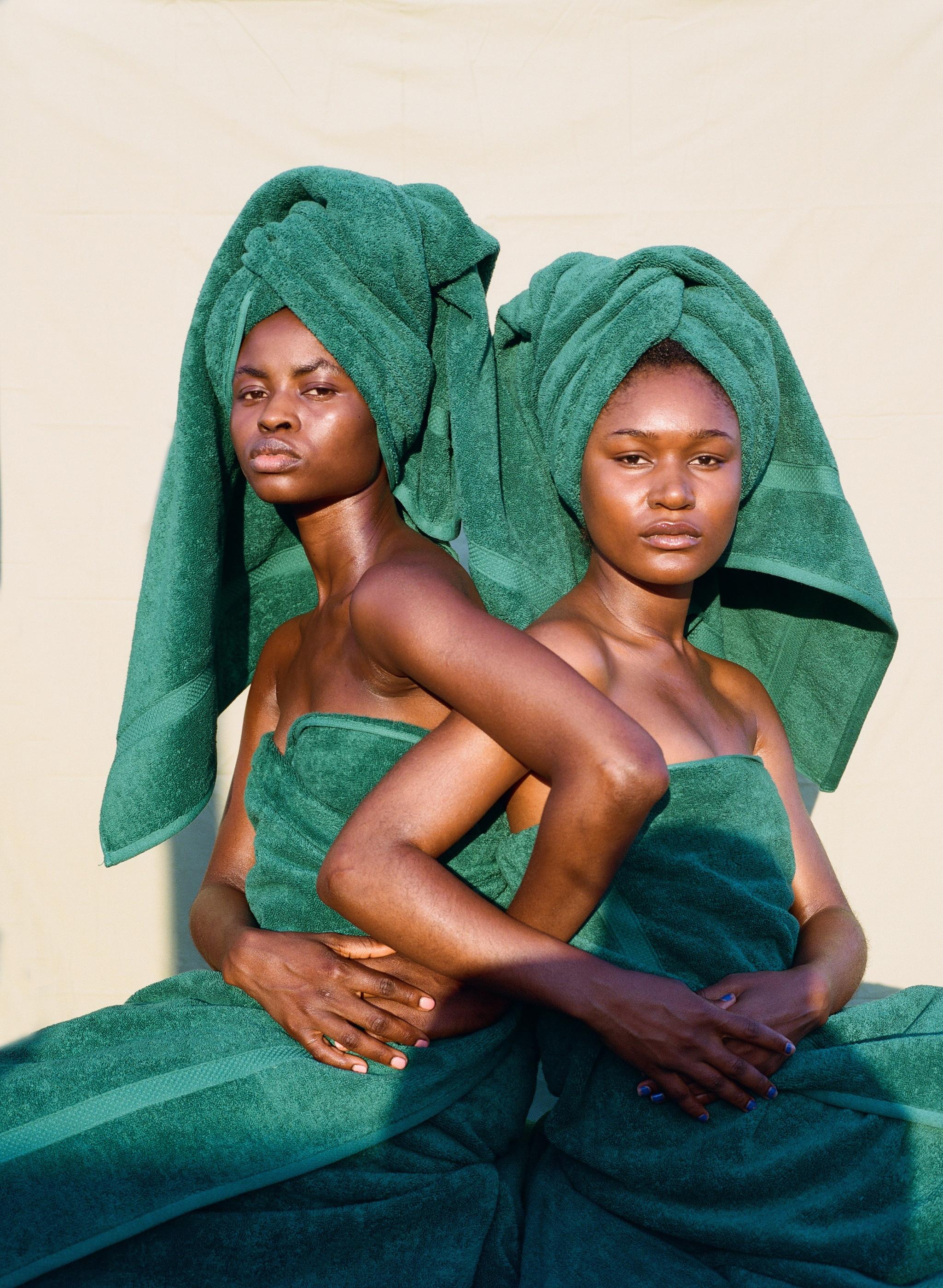 Oye Towel Scene 6.jpg