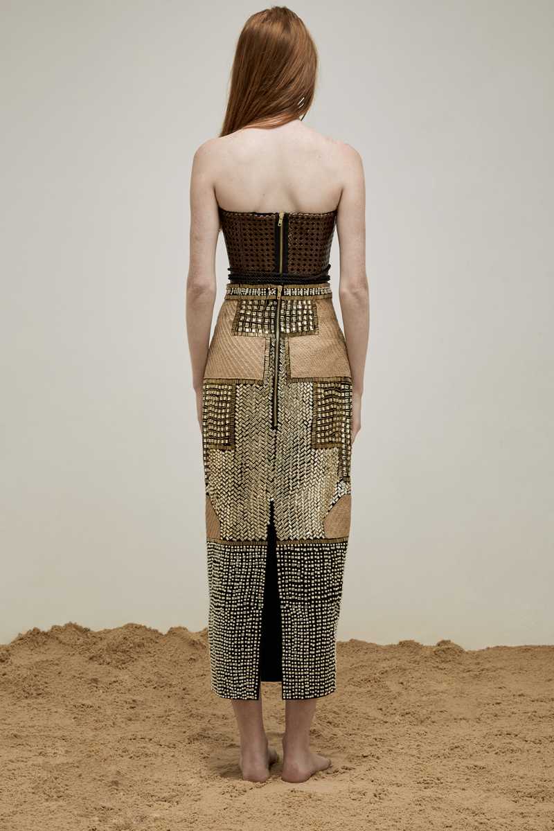 yousef-akbar-gold-beaded-skirt-woven-corset-back.png